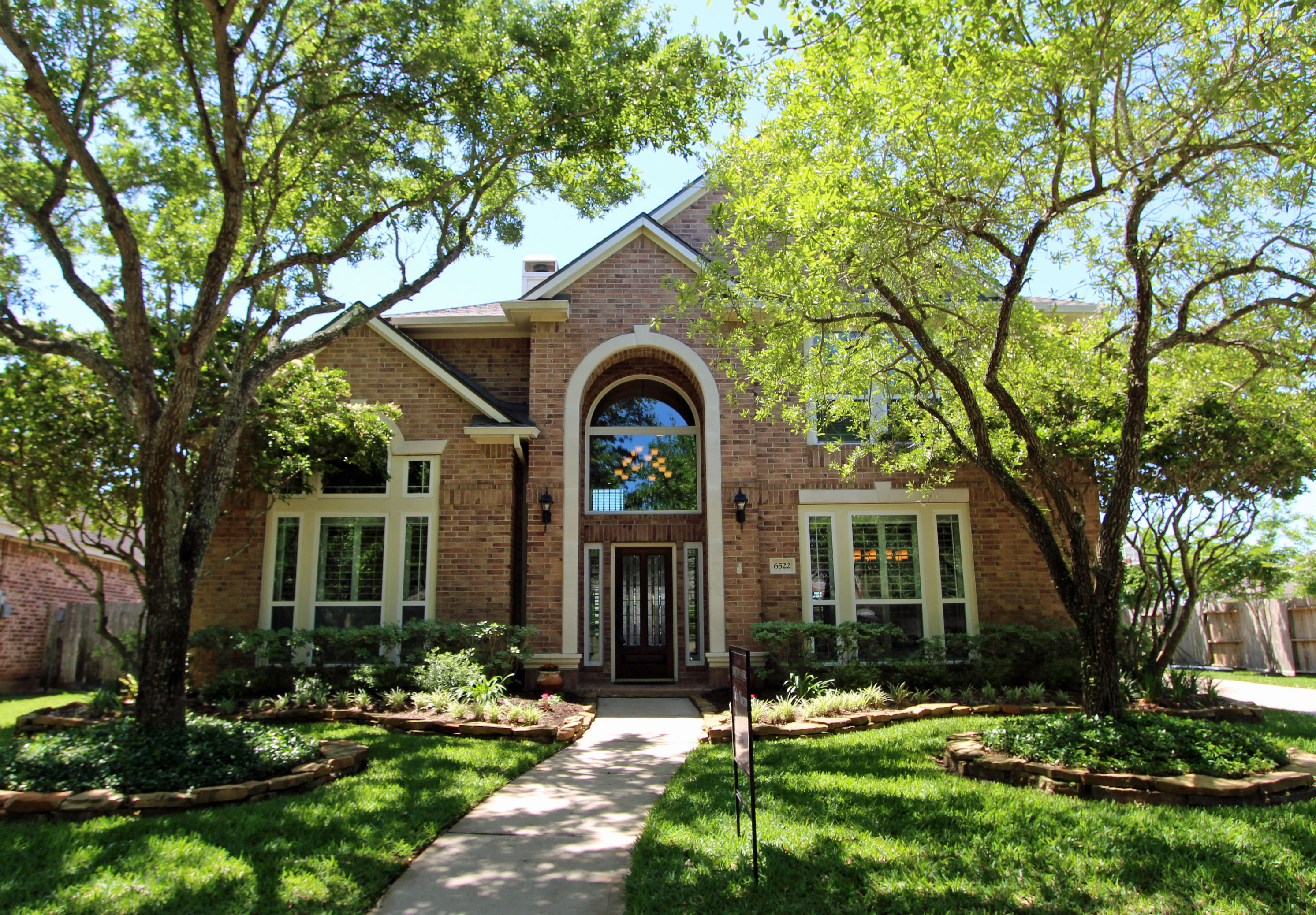 4 Questions to Ask Before Selling a Home - Kathy Morrow