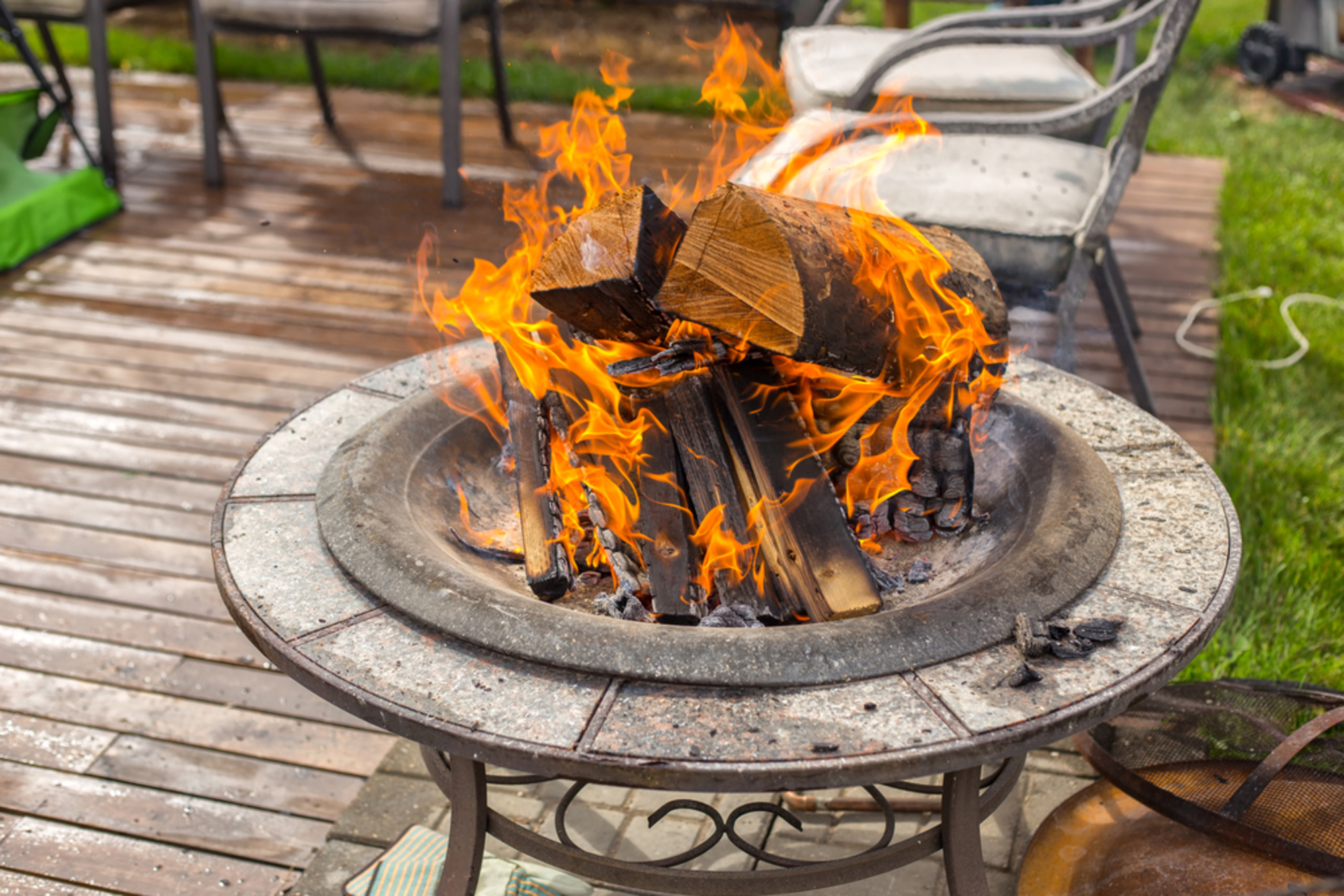 9 tips for backyard fire pit safety