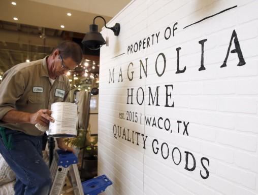 HGTV U0027Fixer Upperu0027 Joanna Gainesu0027 Magnolia Home Furniture Debuts At  Nebraska Furniture Mart