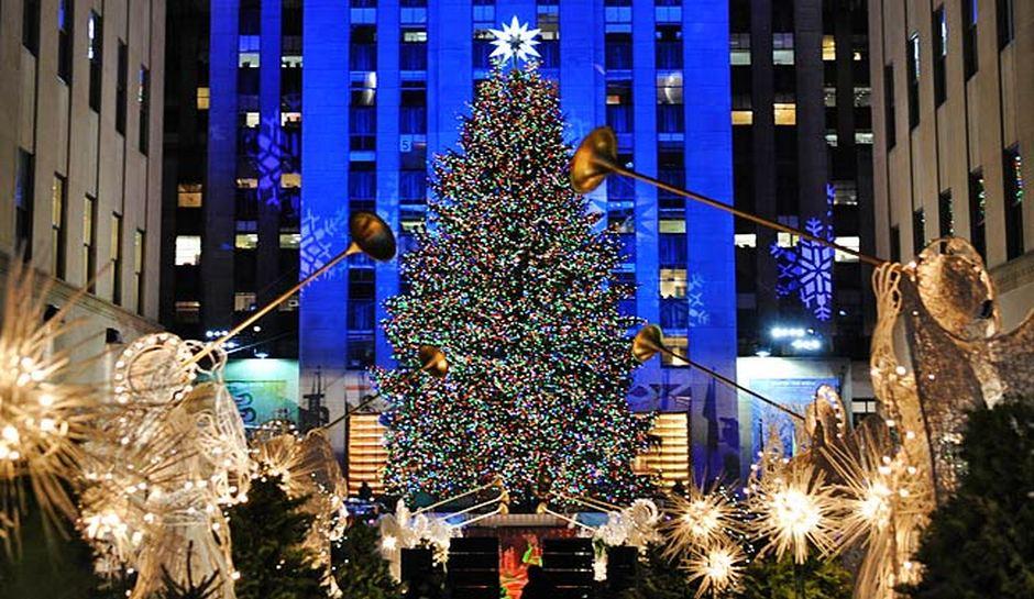 & The History of the Rockefeller Center Christmas Tree - Stradtman Homes azcodes.com