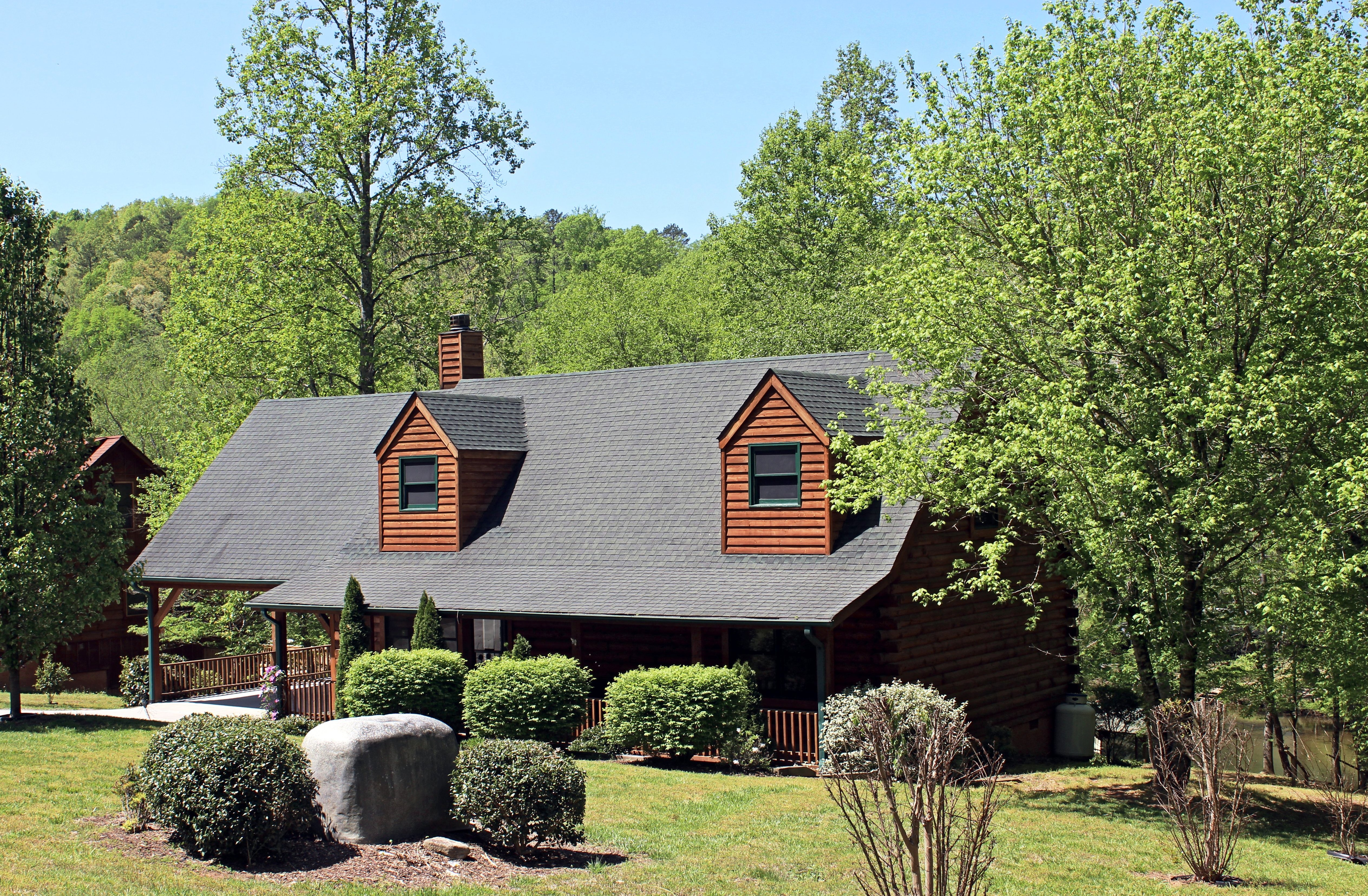 for nc sc ldg in of cabin homes sale and cabins pigeon forge tn log ext wahoo city