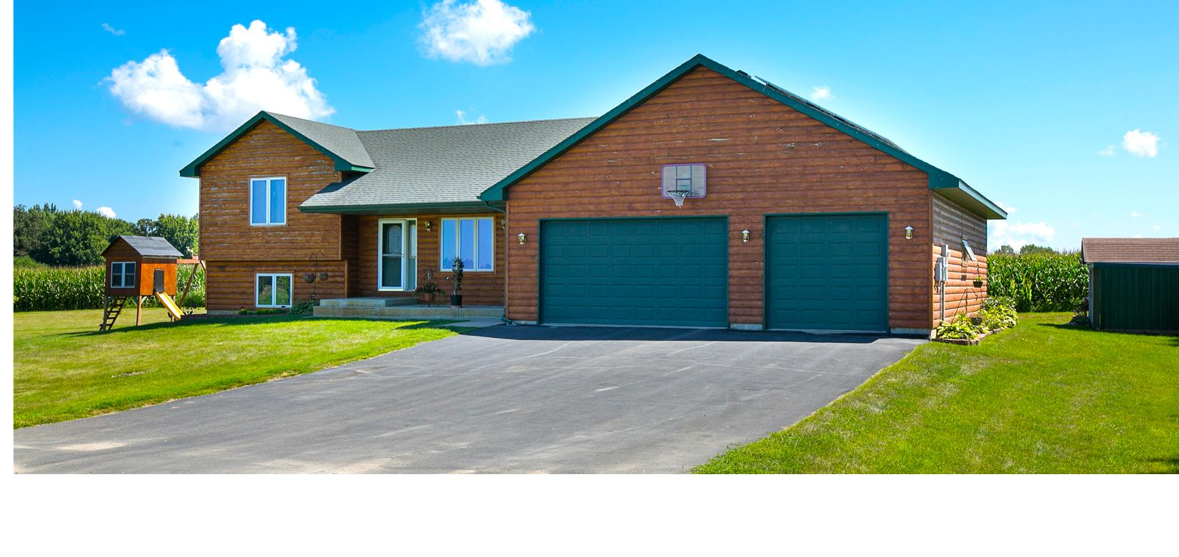Blog - The Exceptional Home Team- Hamburg Home with Double Deep Garage