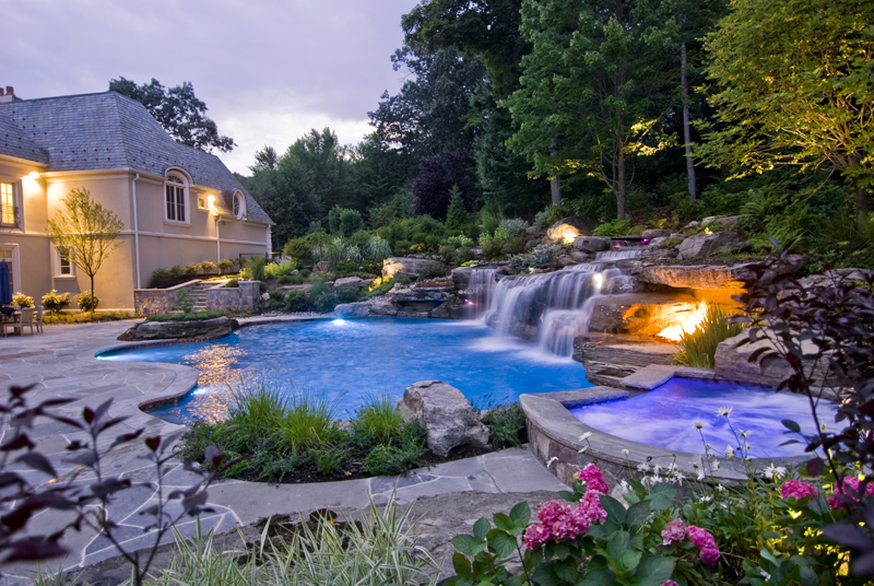 do pools increase the value of your home