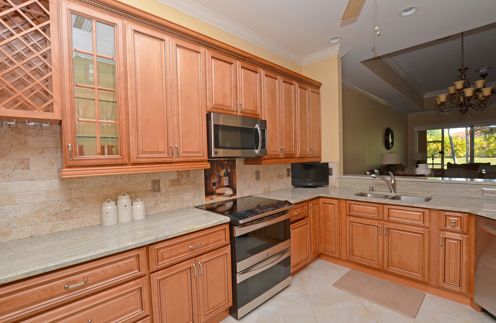 The Beautiful Blue Heron Custom Kitchen Features 42u0027 Glazed Maple Cabinetry,  Granite Counters, ...