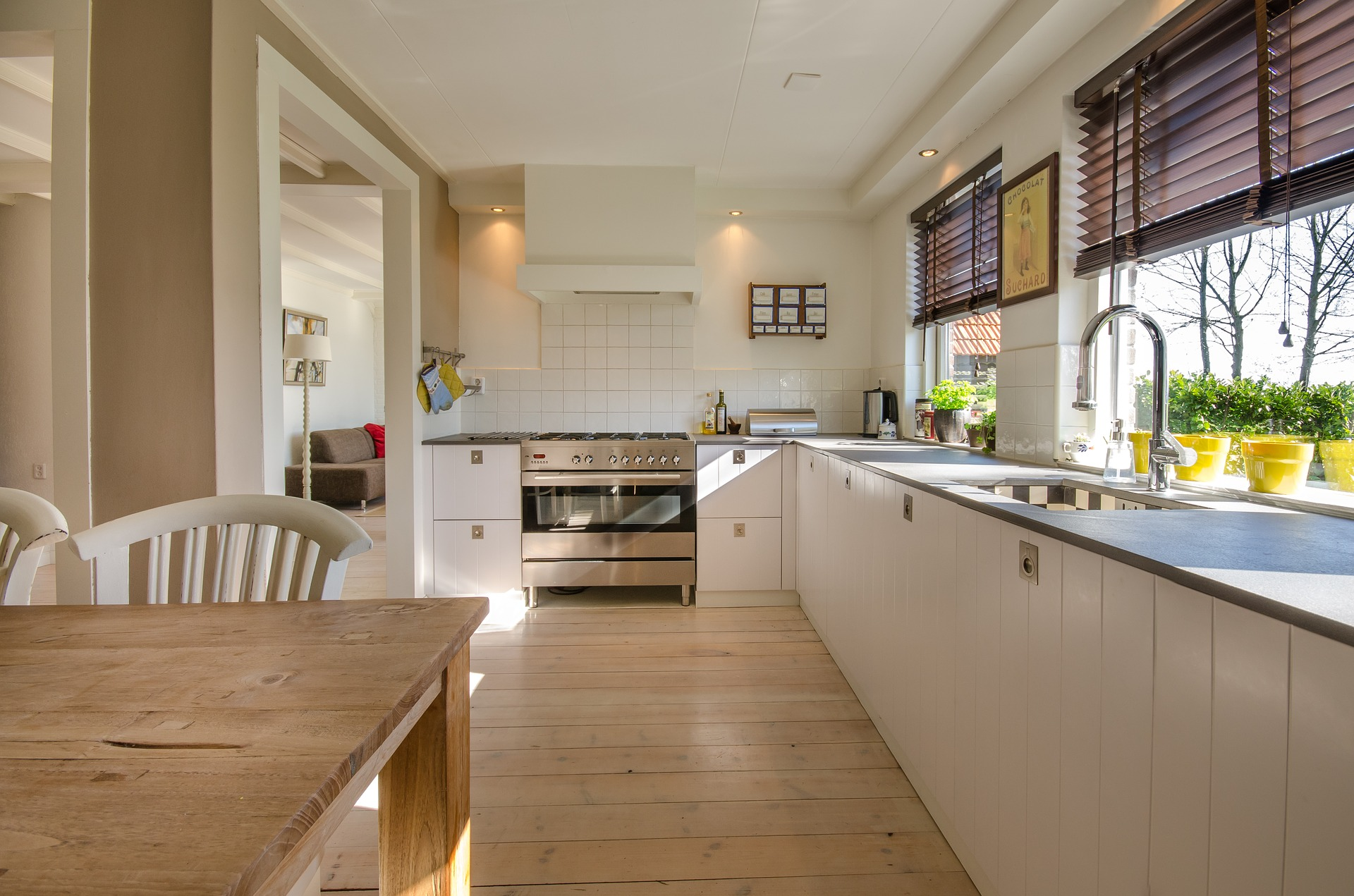 Make The Most Of Your Country Homes Kitchen Space! 7 Time-tested Organizing Tips
