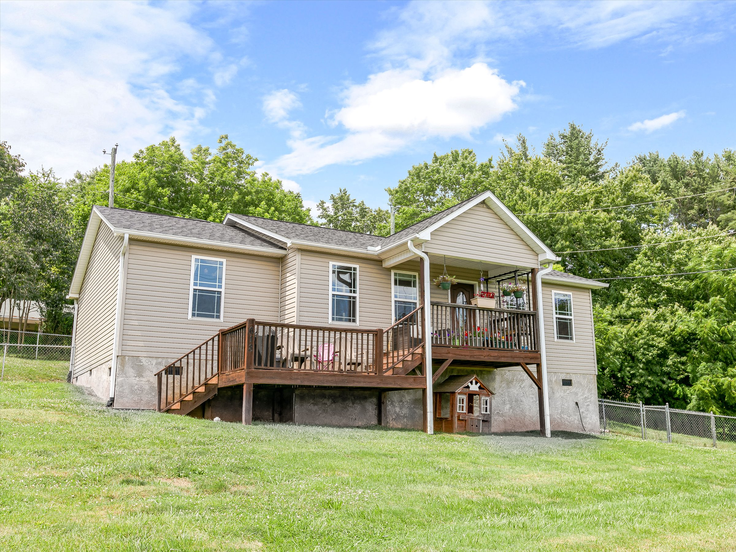 3 BR / 2 BA Ranch for Sale in Candler