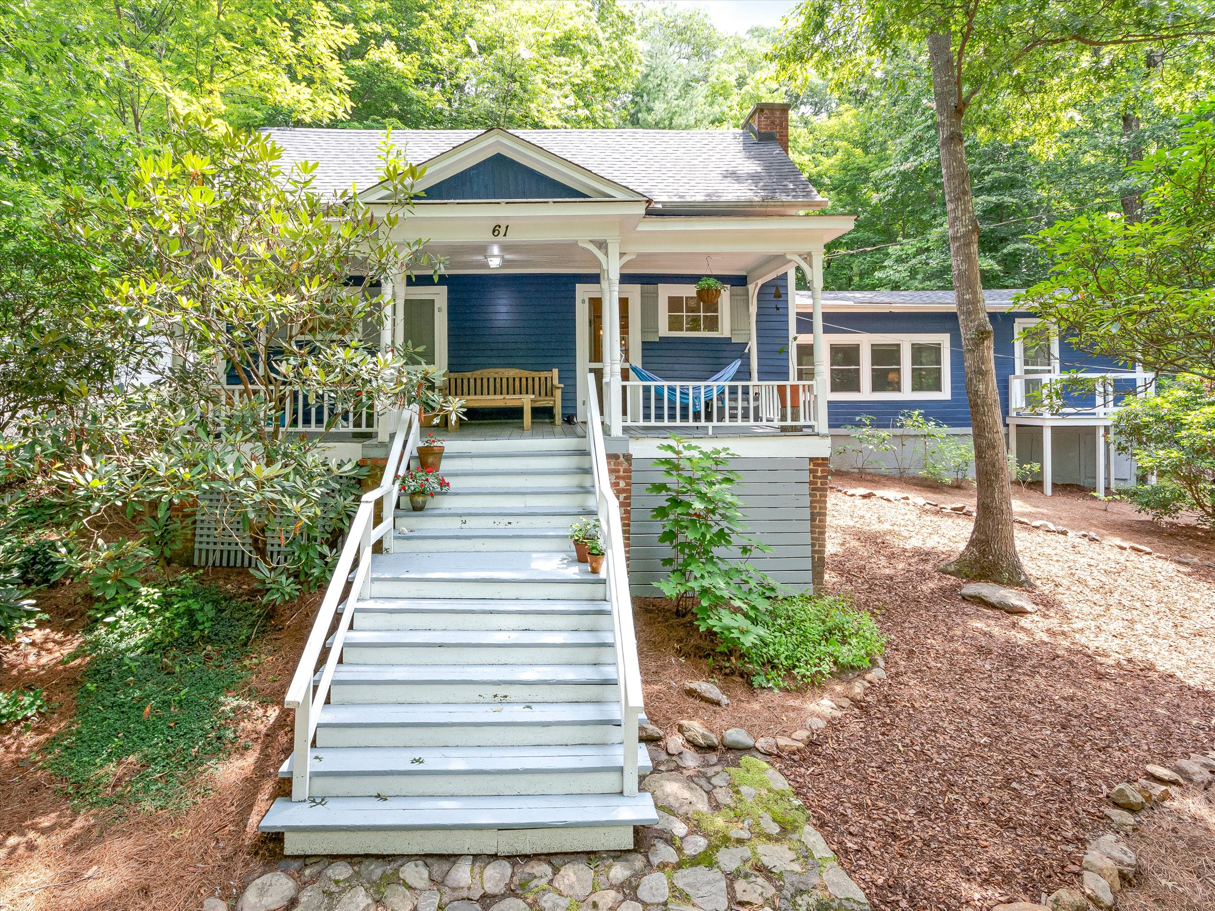 Historic and Affordable 1911 Black Mountain Cottage
