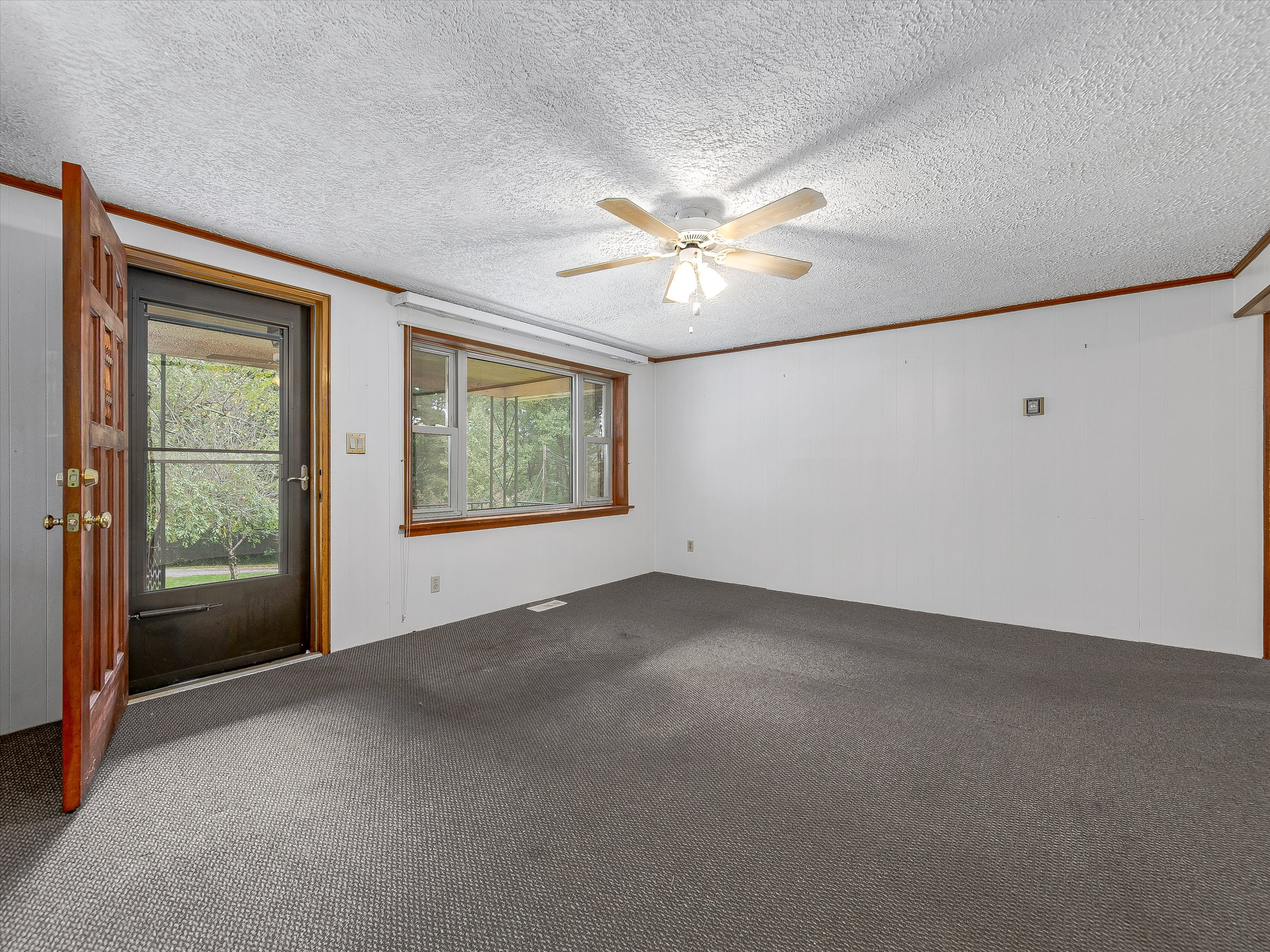 Charming House for Sale in Swannanoa on Large Private Lot
