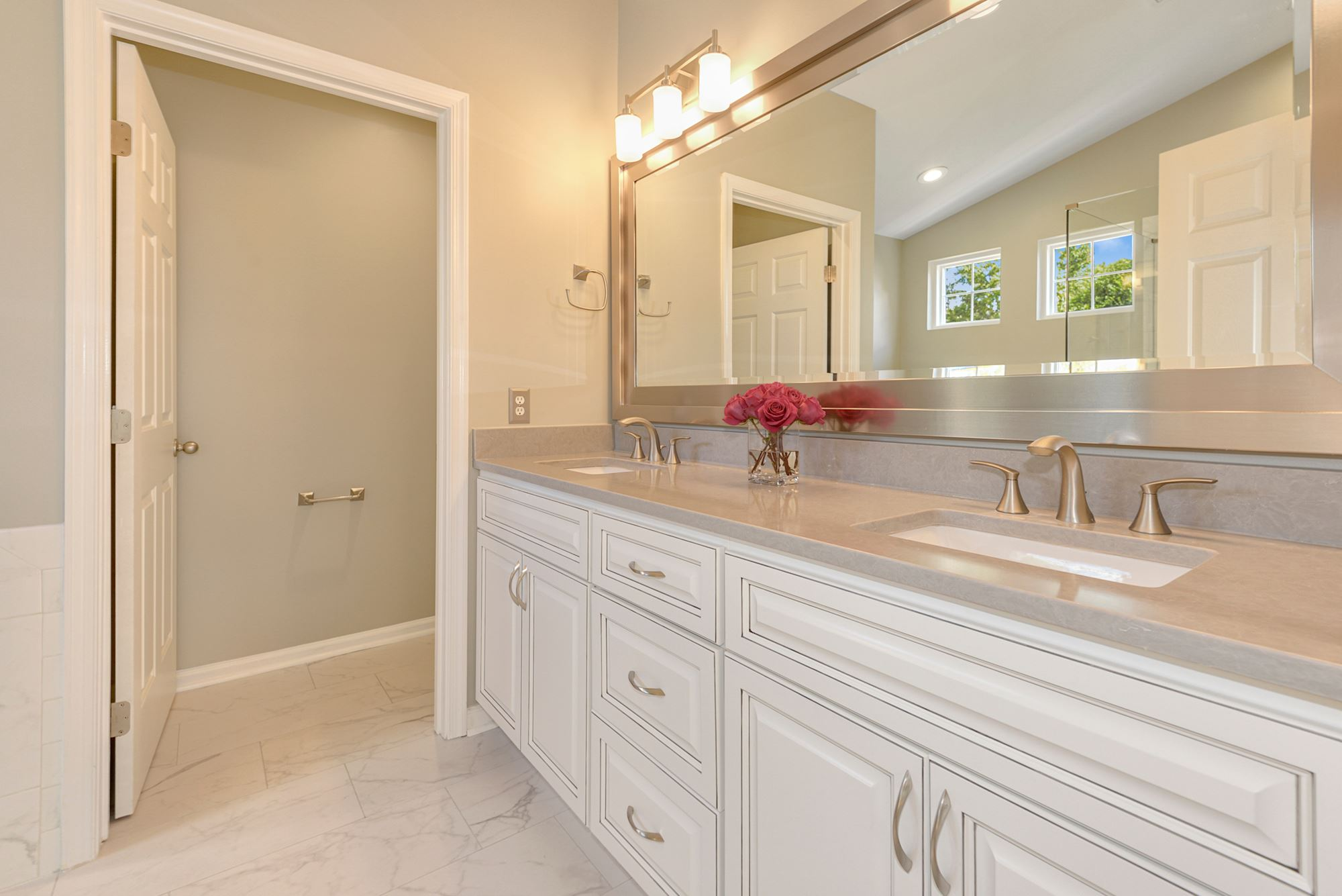 Stately and Spacious in Ashburn