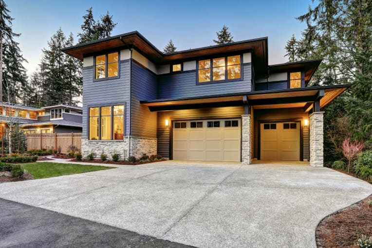 7 Driveway Trends on Their Way Out, According to Real Estate Pros