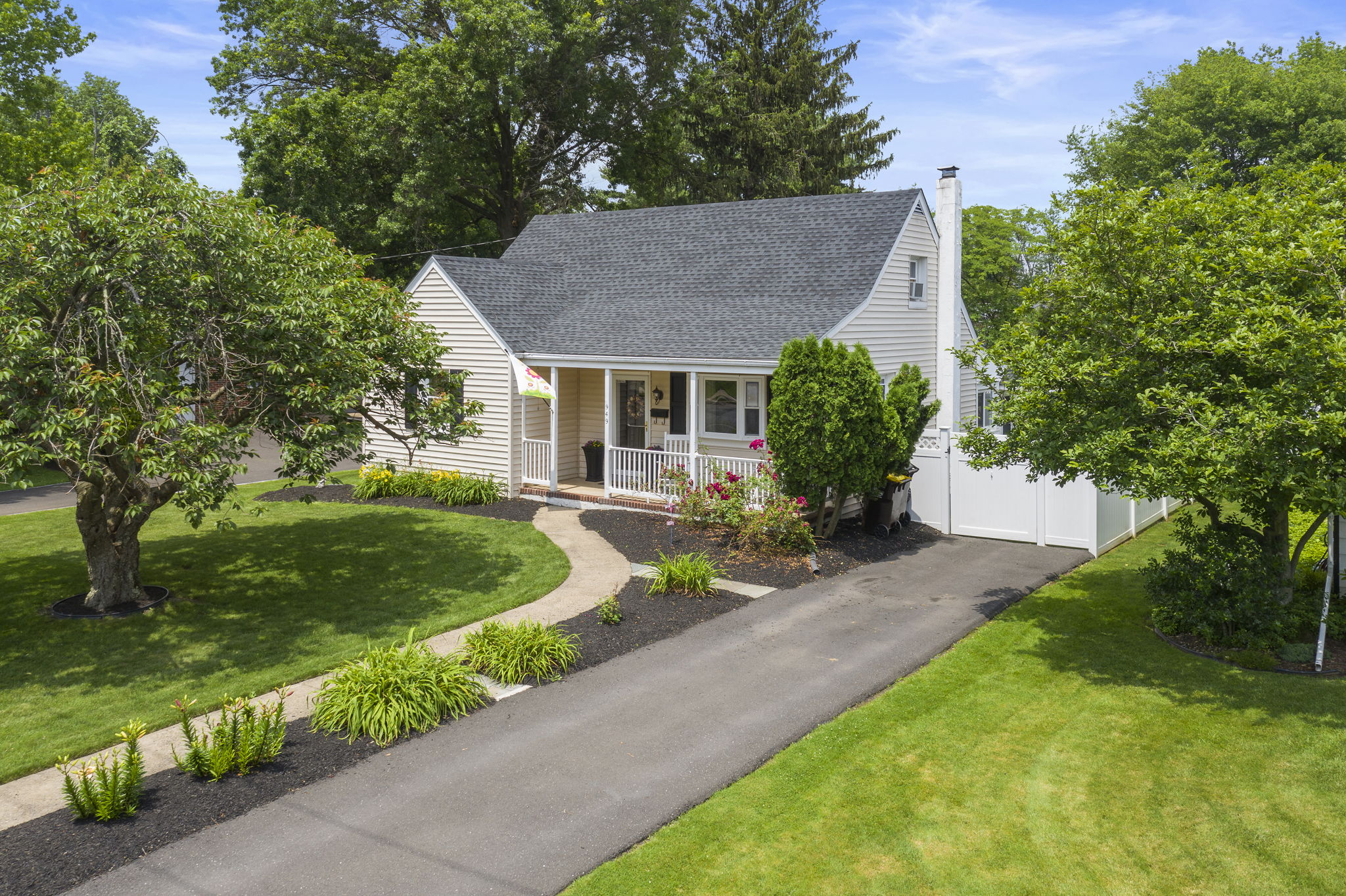 Cape Cod w/Sunroom & Large Yard In The Heart Of Lansdale