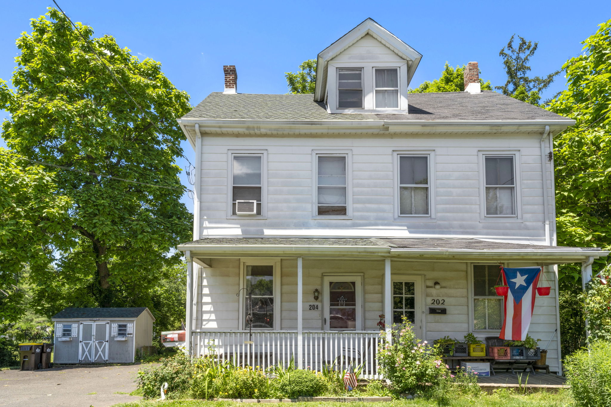Excellent Opportunity To Purchase This 3 Bedroom North Wales Twin Home!