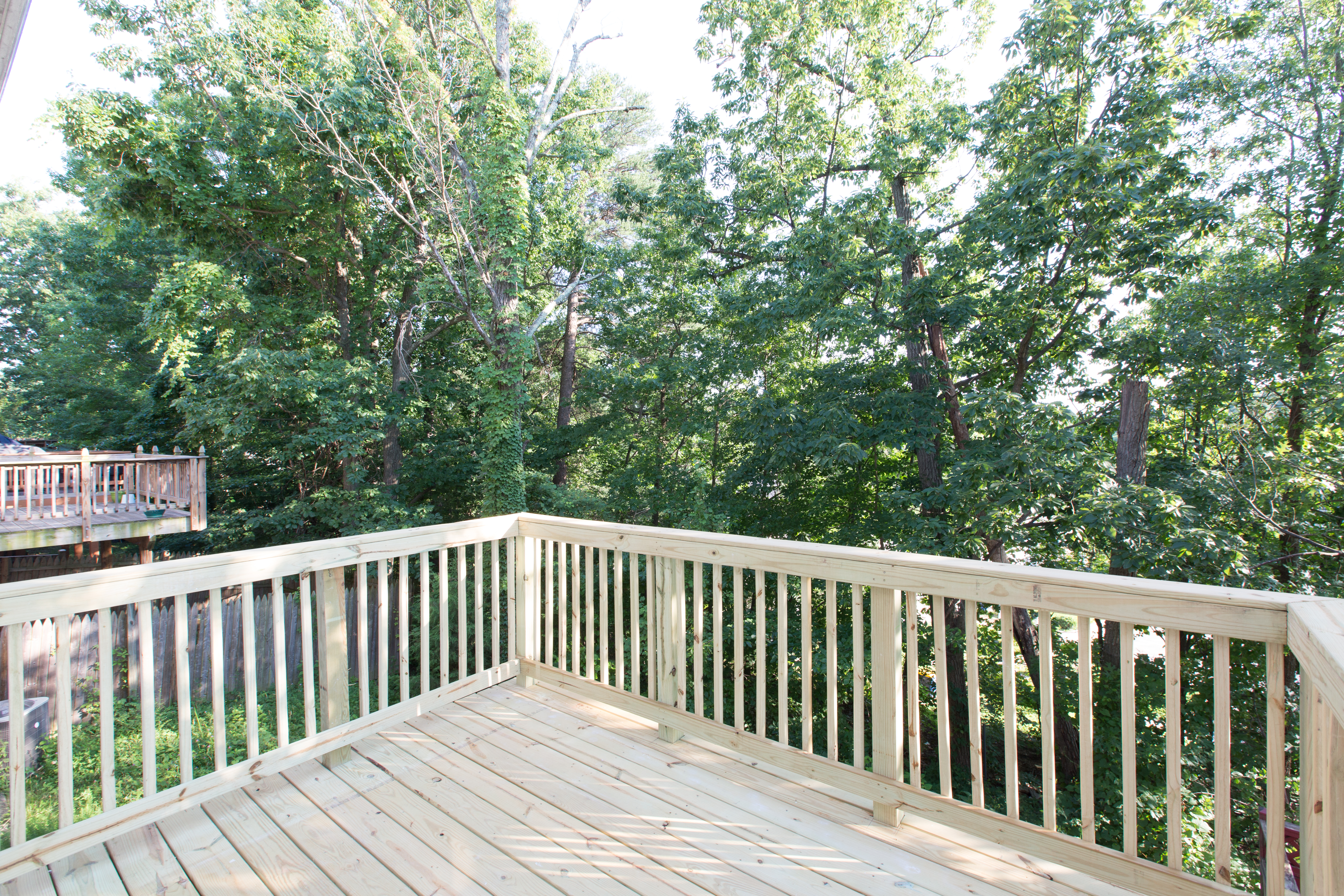 2812 Pin Oak Deck