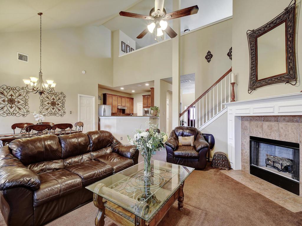 25903 Copperas Ln, San Antonio, TX $270k - For sale