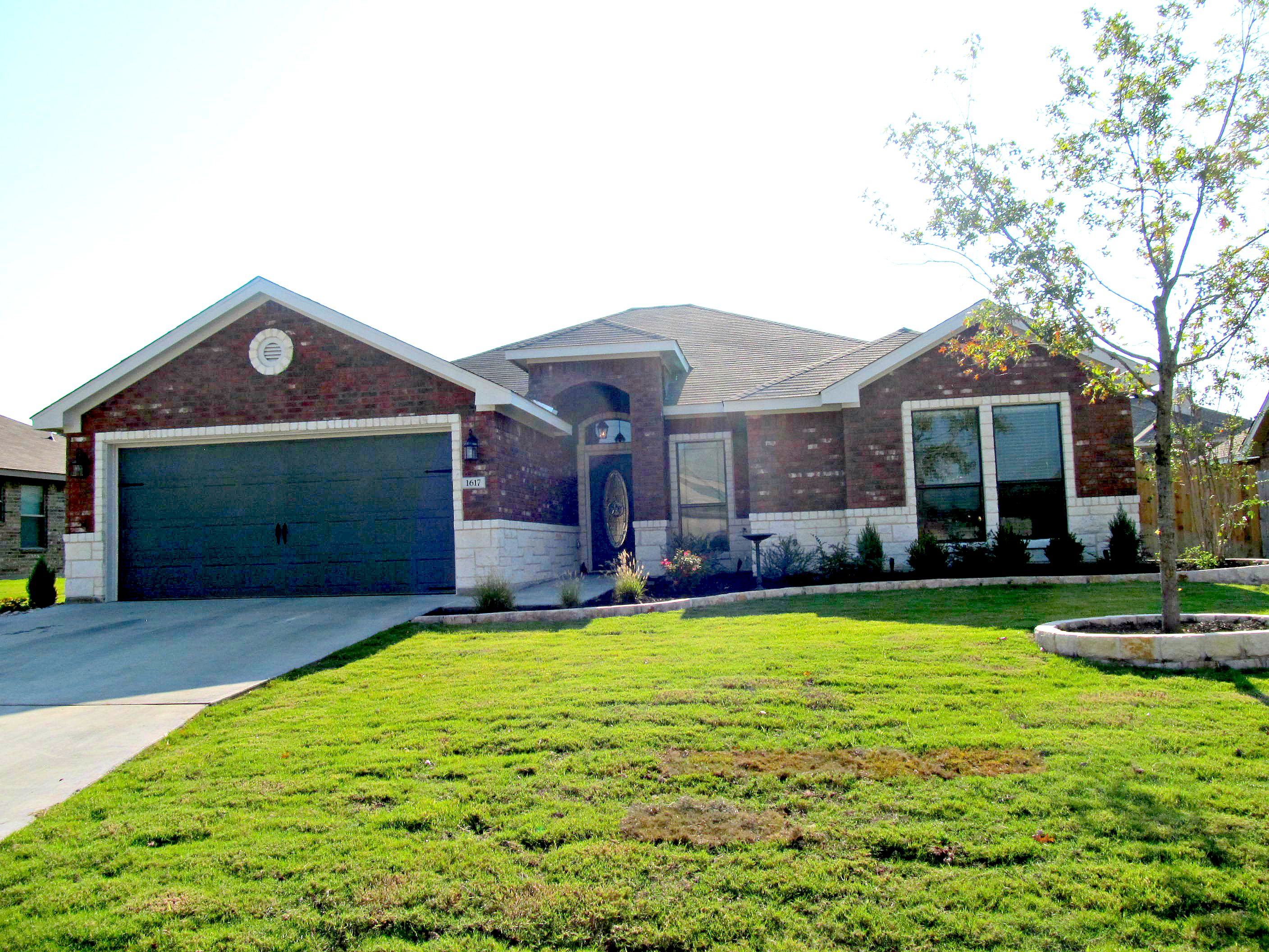 Custom homes in temple texas by jerry wright homes inc for Custom home builders in killeen tx