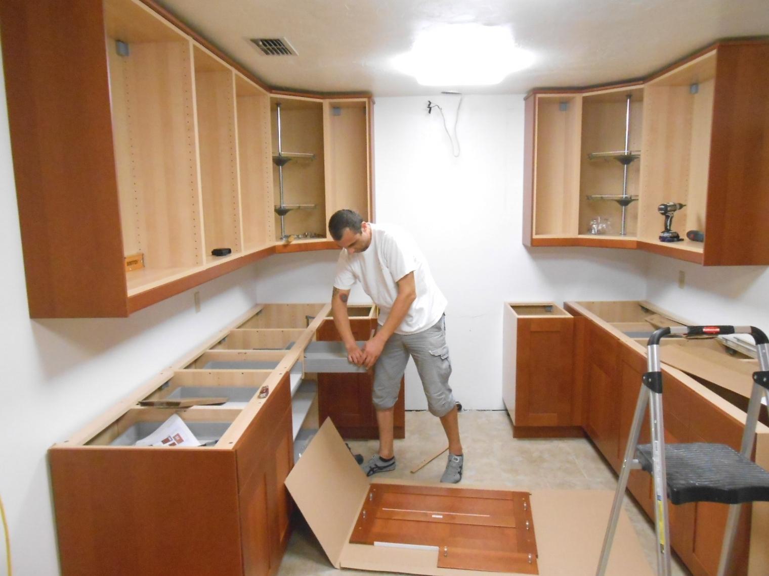 Diy Install Beautiful New Kitchen Cabinets Interiordesign