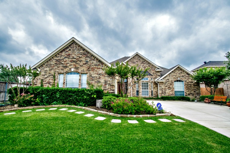 2079 Fair Oaks Circle, Corinth, TX, 76210