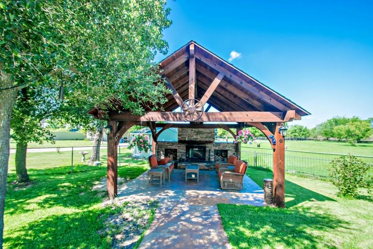 3139 Countryside Drive, Denton, TX 76208
