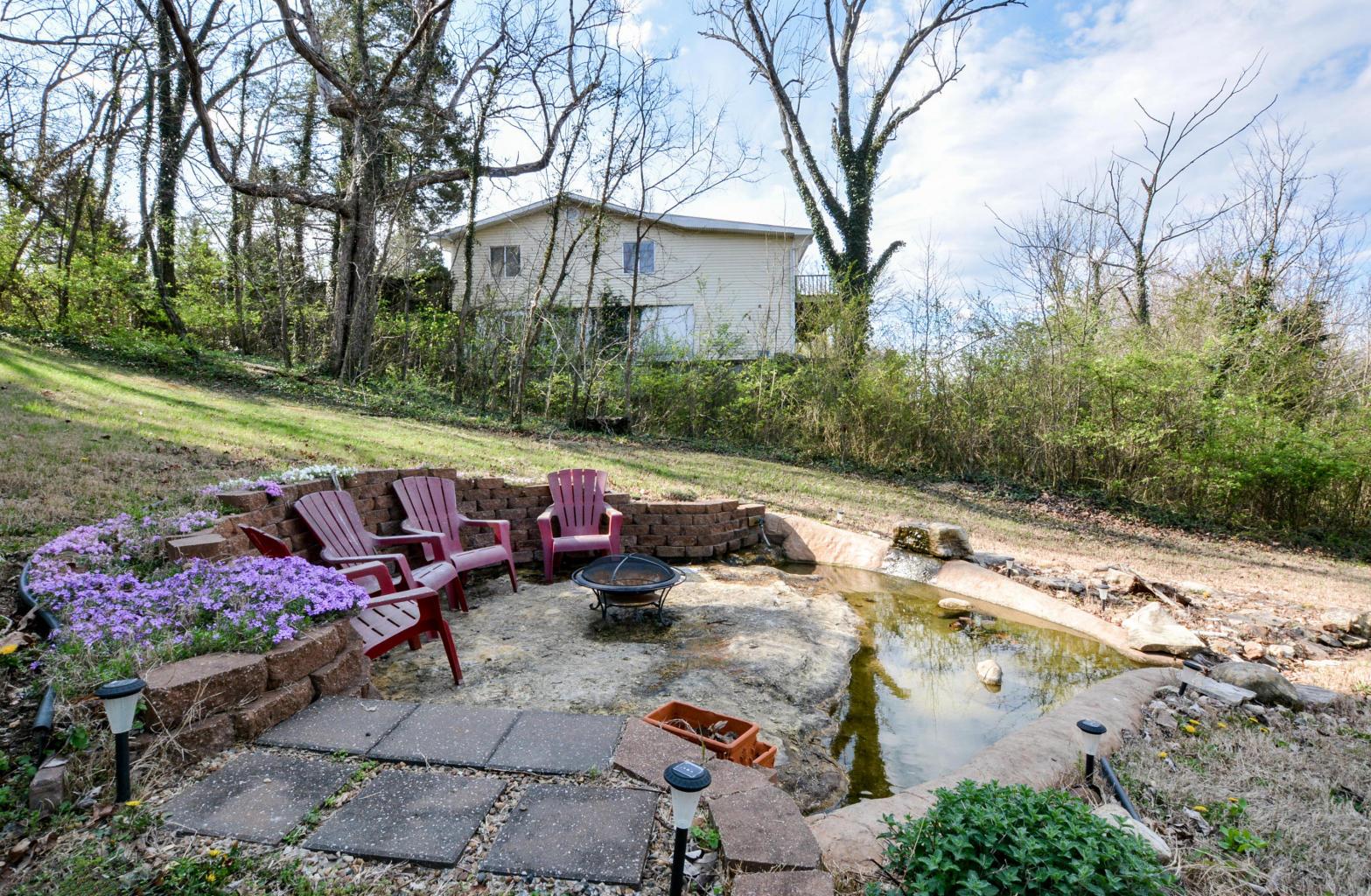 Branson Area Ledge Rock Fountain