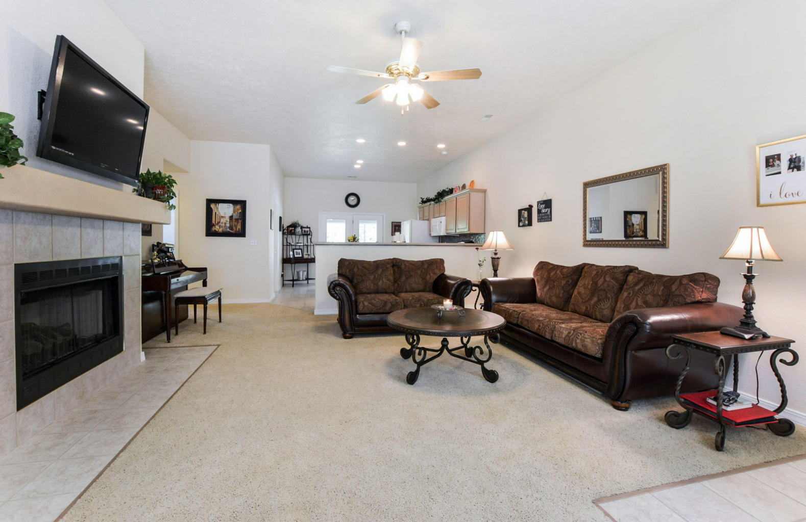 Branson Area Living Room with Fireplace