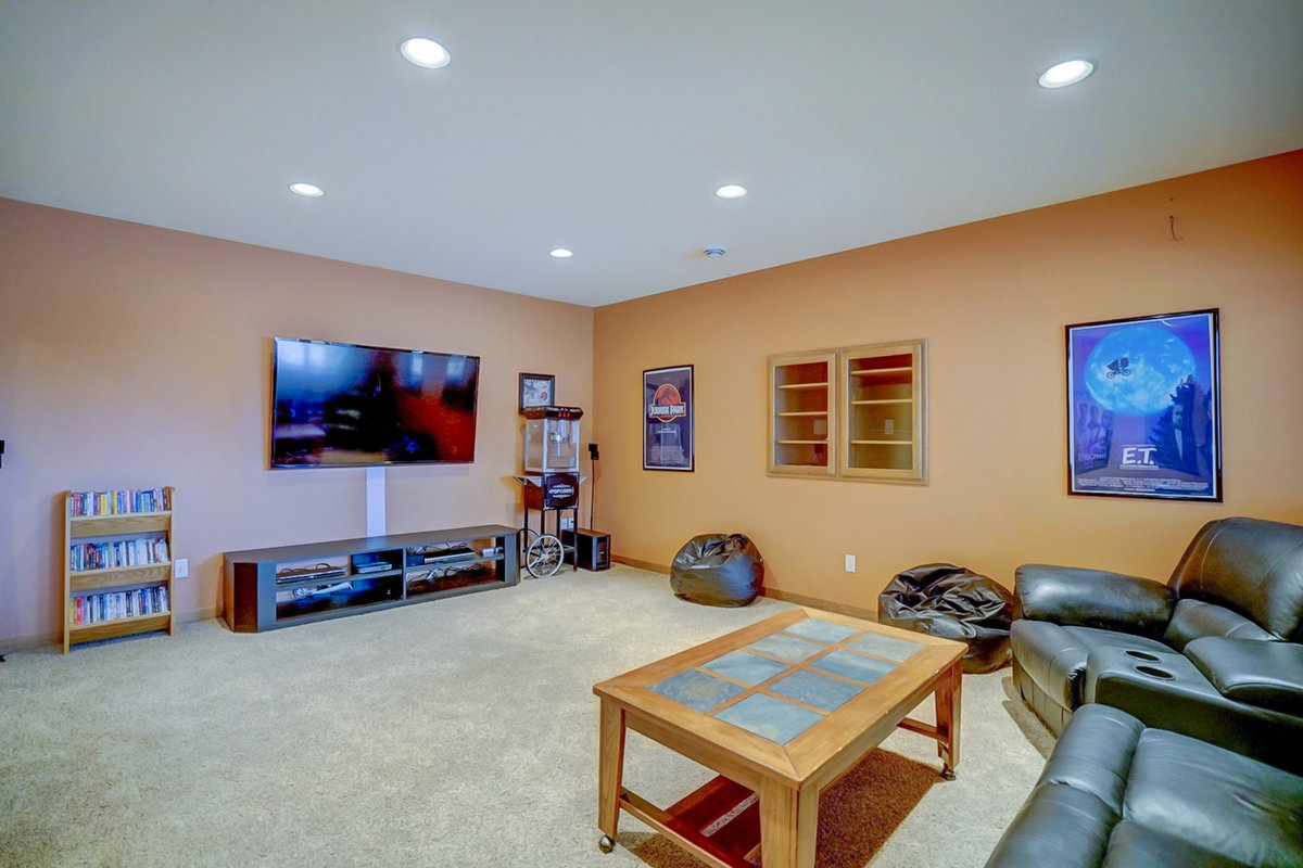 Rec Room of 5612 Nutone St, Fitchburg