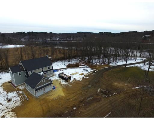 Gorgeous New Home on the Merrimac River