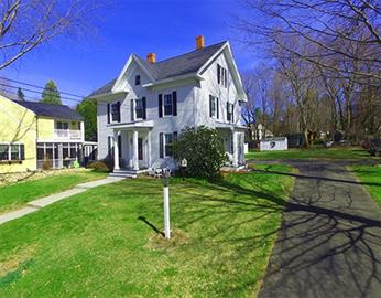 366 Main St Groveland, MA offered at $575,000