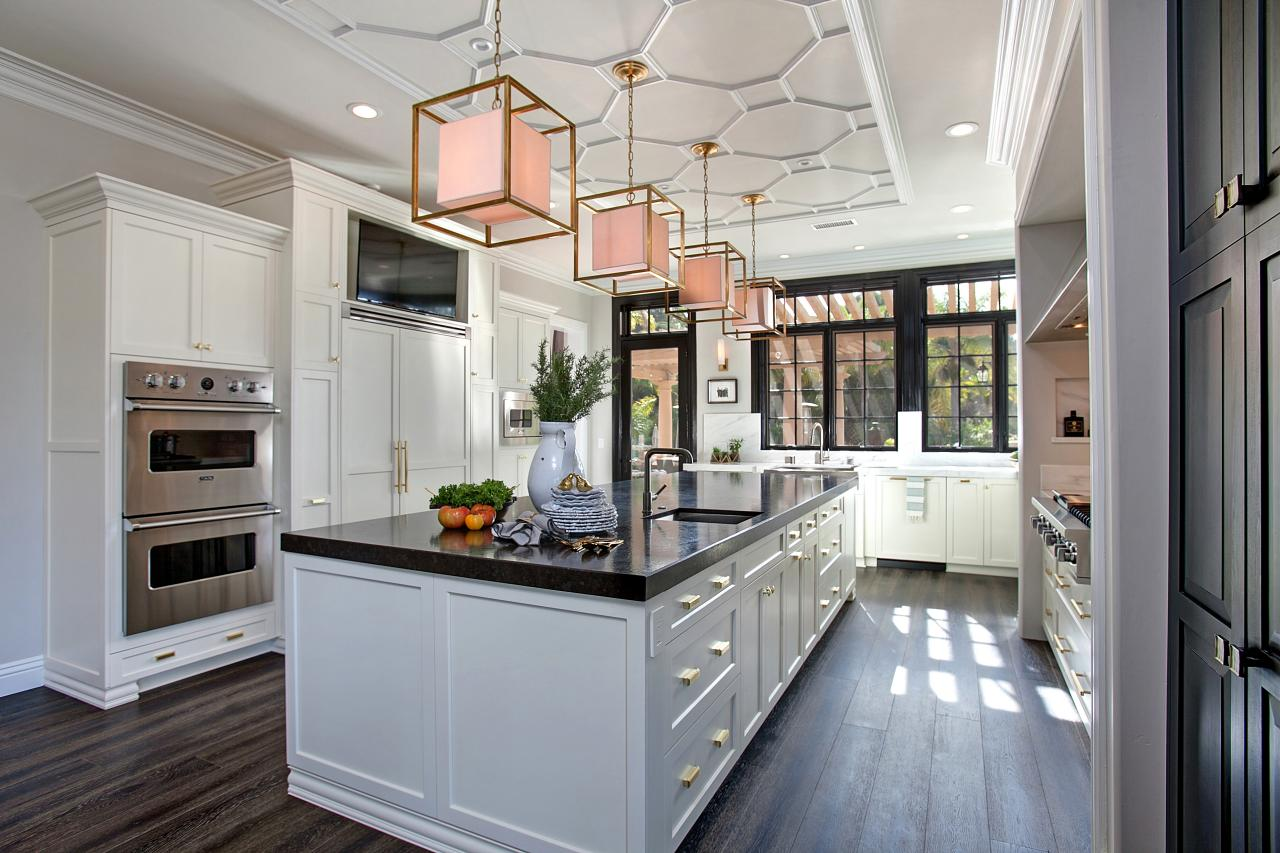 Kitchen Remodeling Styles & Features