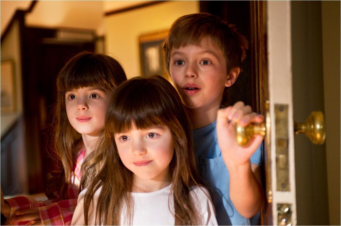 Homebuyer Etiquette: Leave the kids behind.