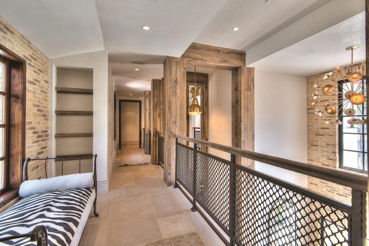 upstairs sitting area, loft