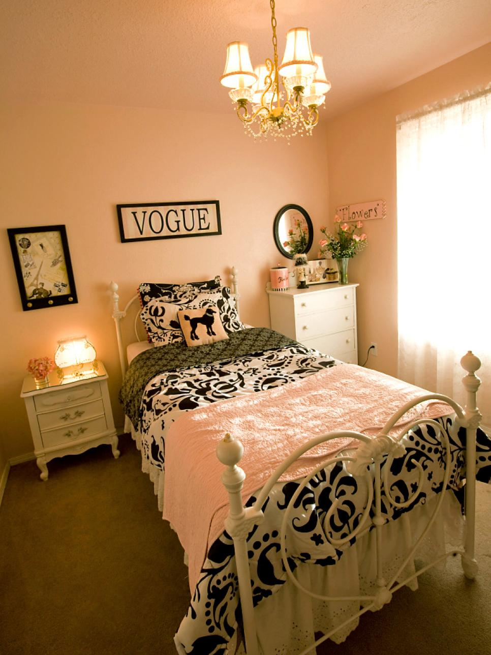Parisian Inspired Bedroom French Themed Girls Bedrooms