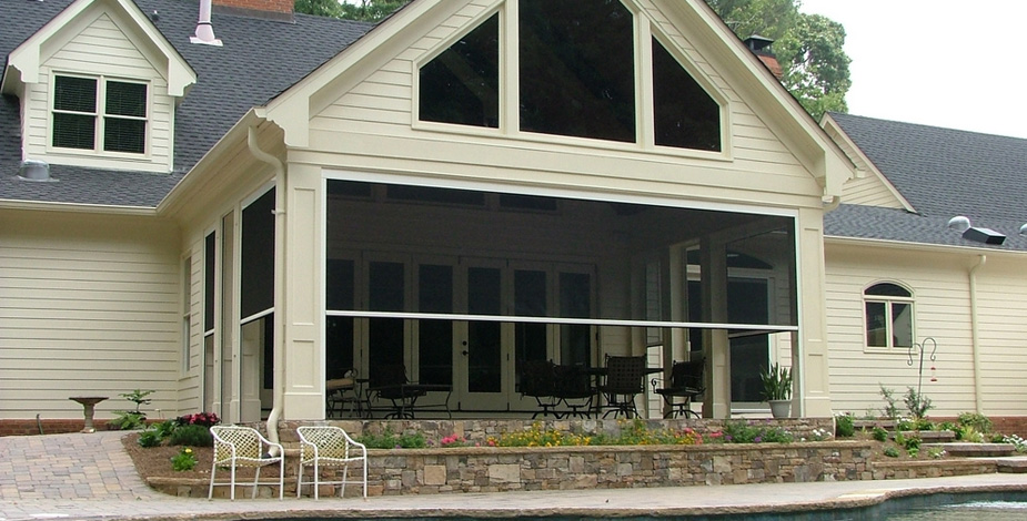 Screened Porches Bring the Outdoors In