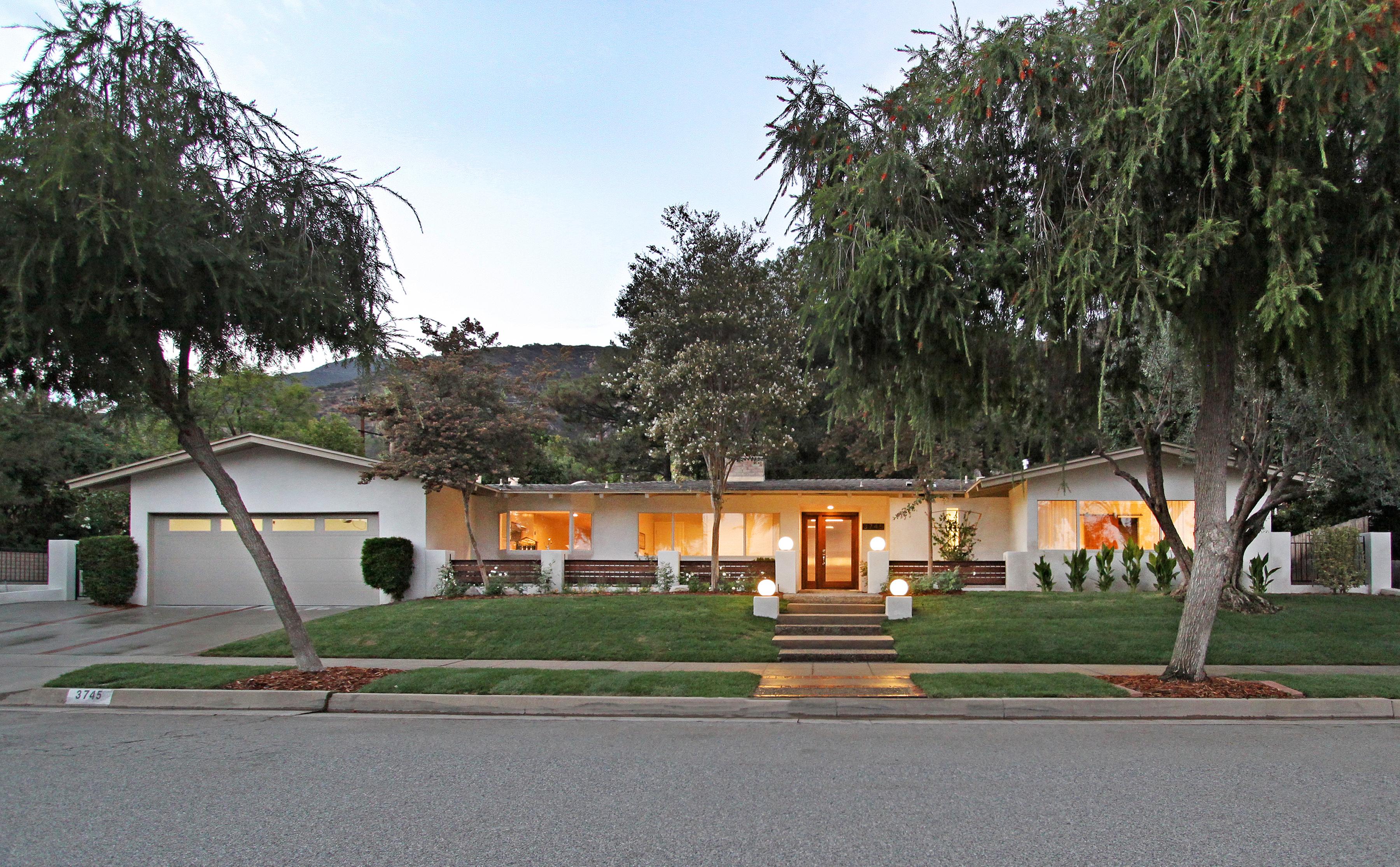 3745 Ranch Top Rd, Pasadena 91107
