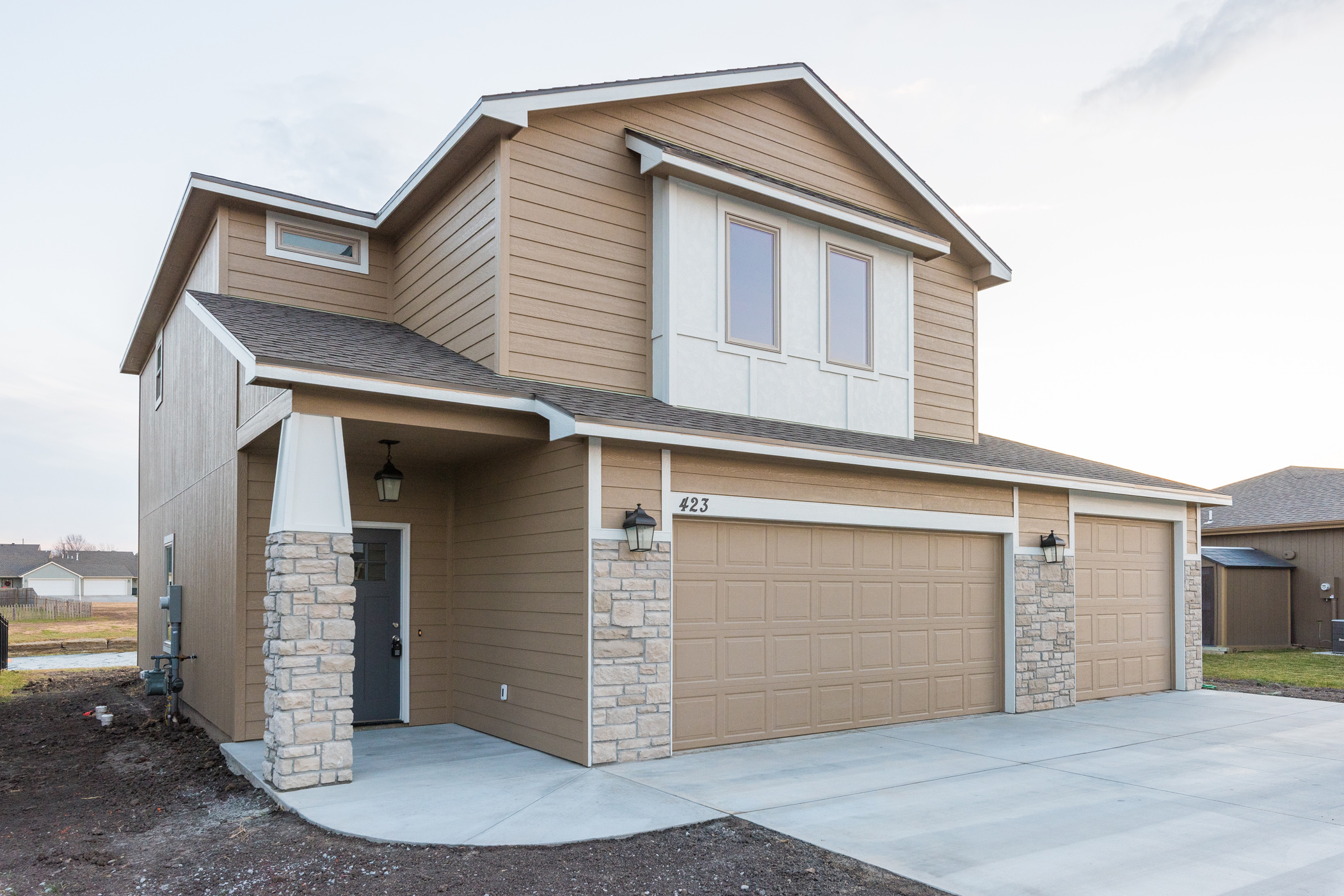 OPEN HOUSE U2013 BRAND NEW 2 Story With 5 Bedrooms U0026 Lake ...