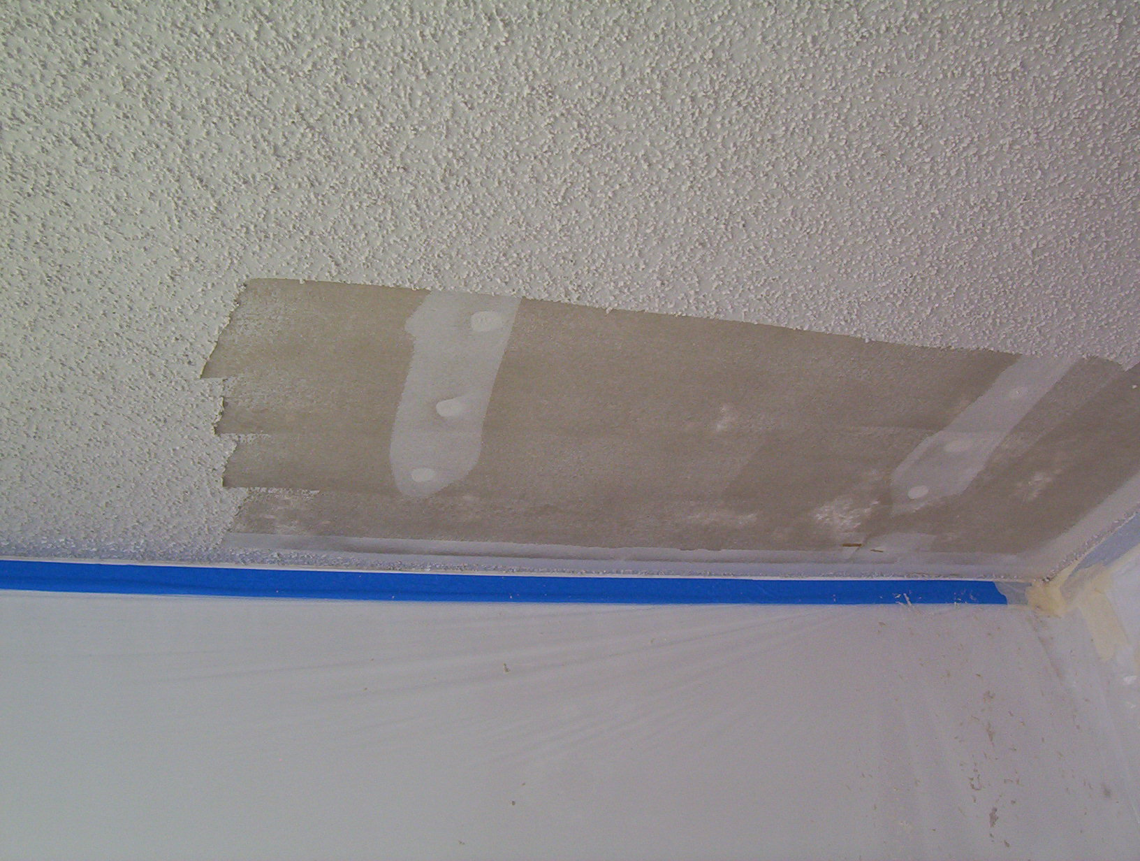 What do you spray on popcorn ceiling to remove it www for How to remove popcorn ceiling without water