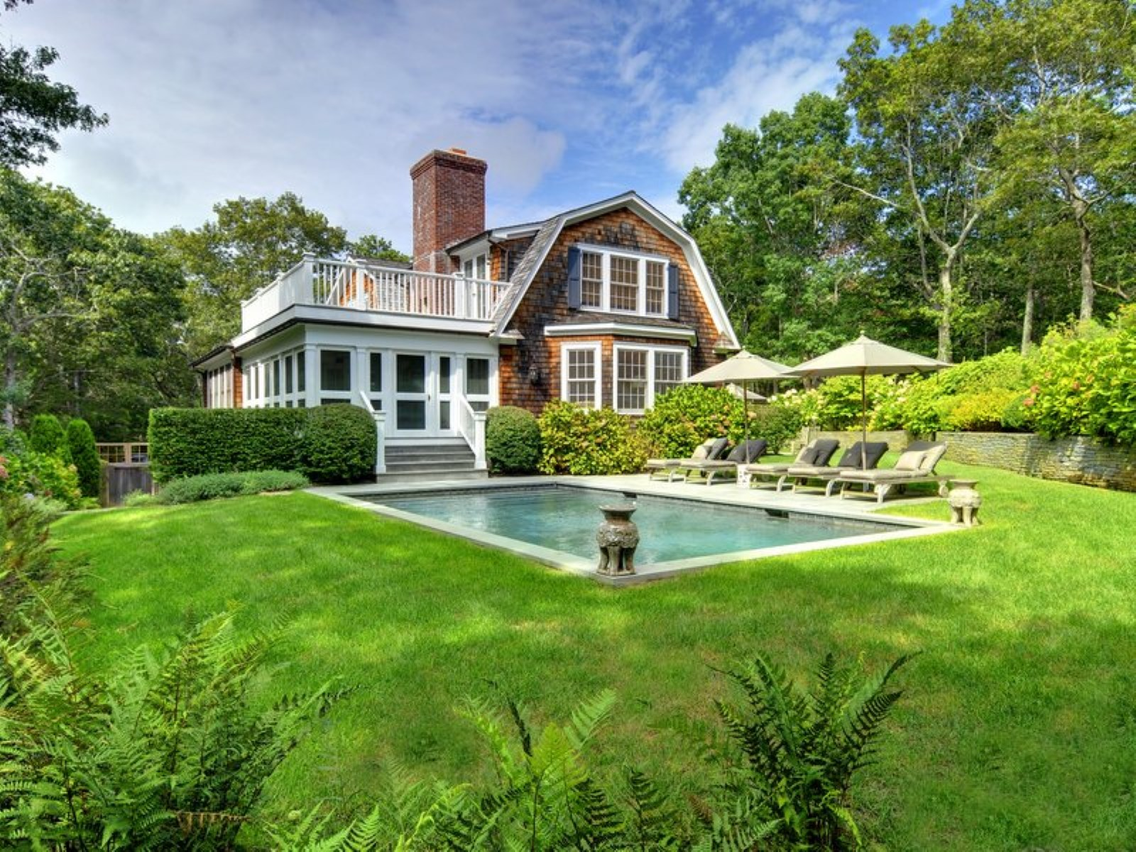 Amagansett hamptons homes for sale madison property group for Hamptons house for sale