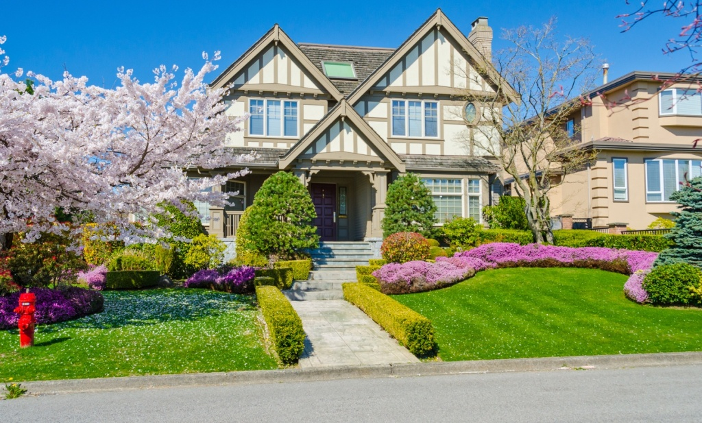 Looking to Boost Your Home's Value – Try Outdoor Upgrades