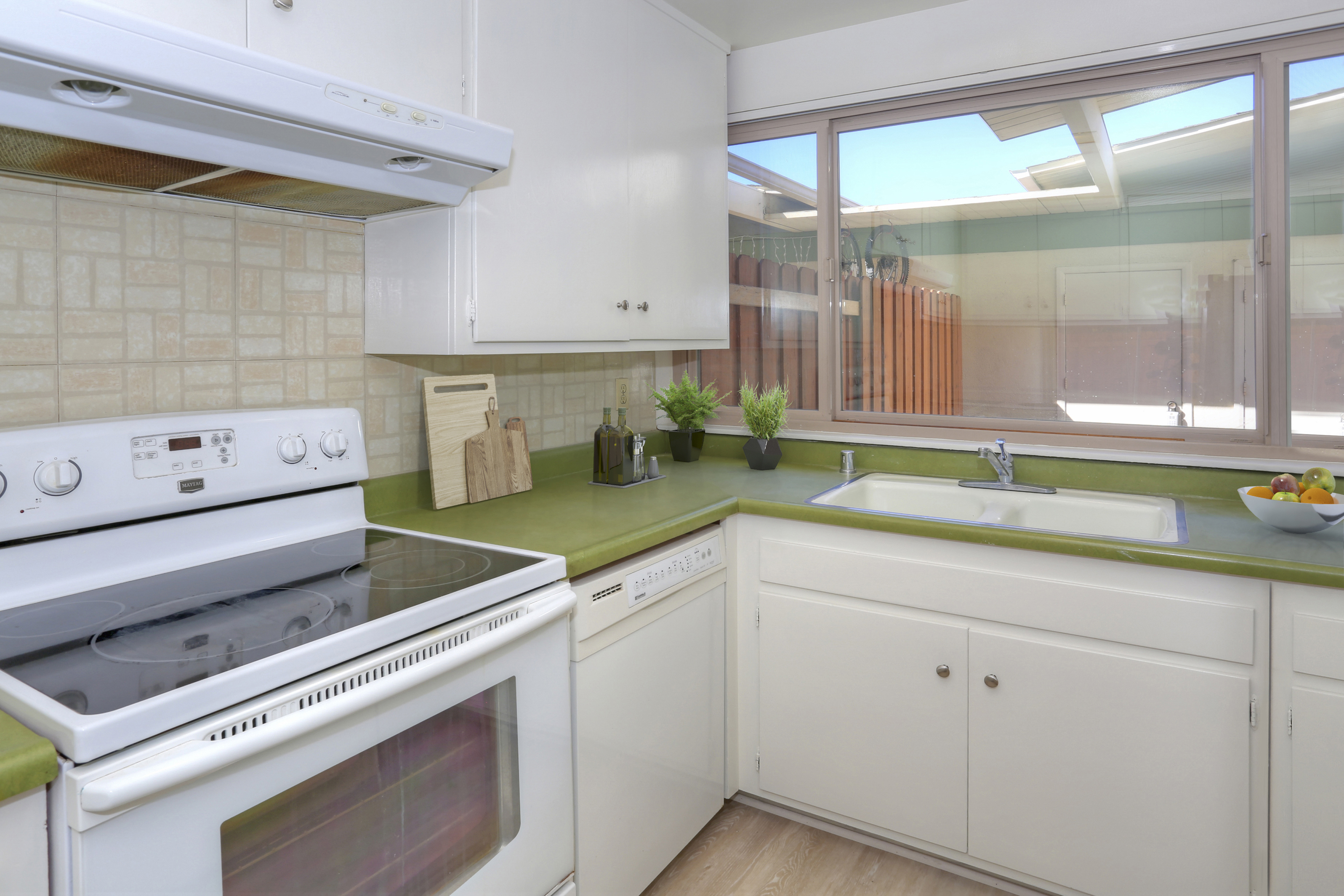 Kitchen with Virtual Staging
