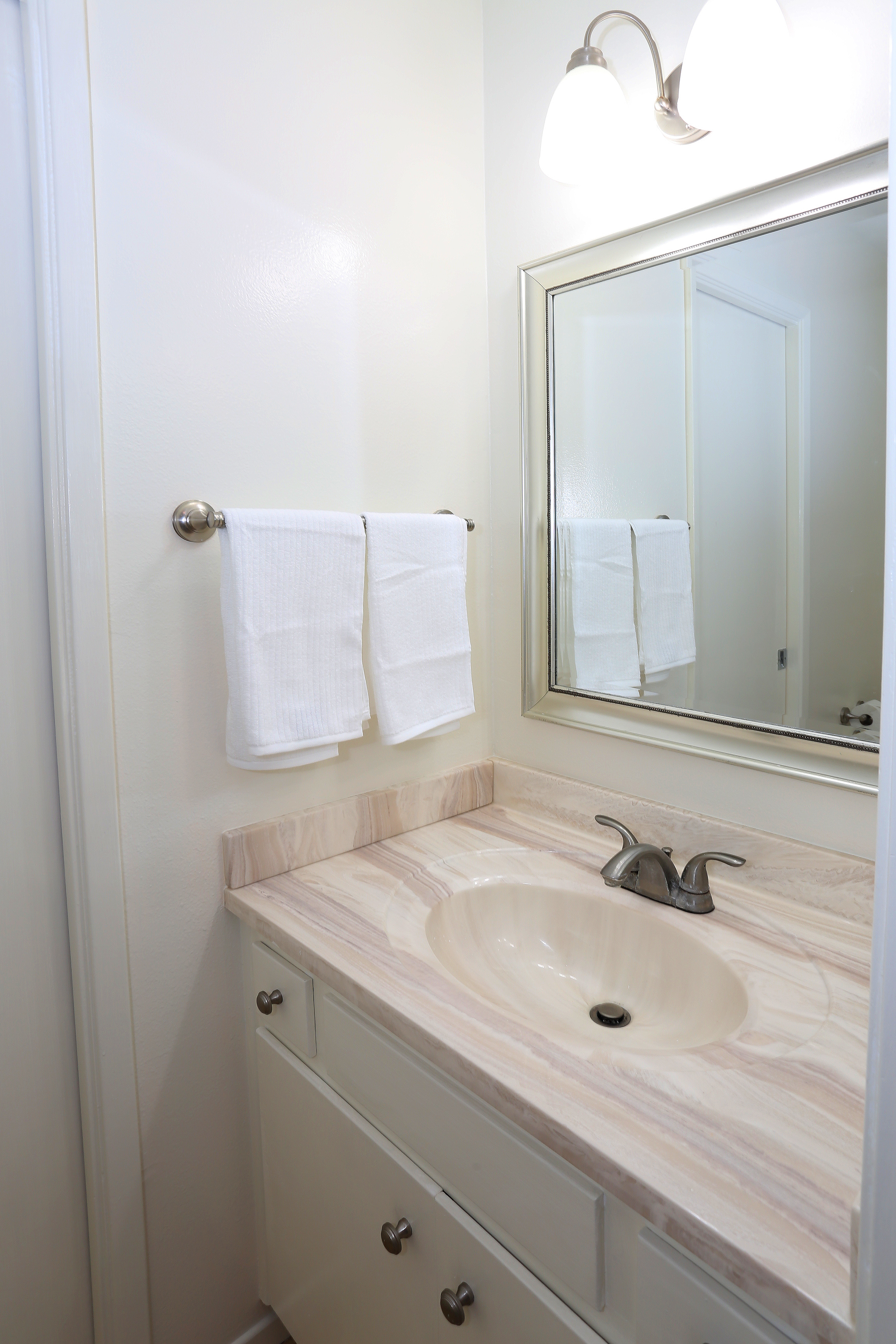 Half Bath Upstairs 5068 Birchwood