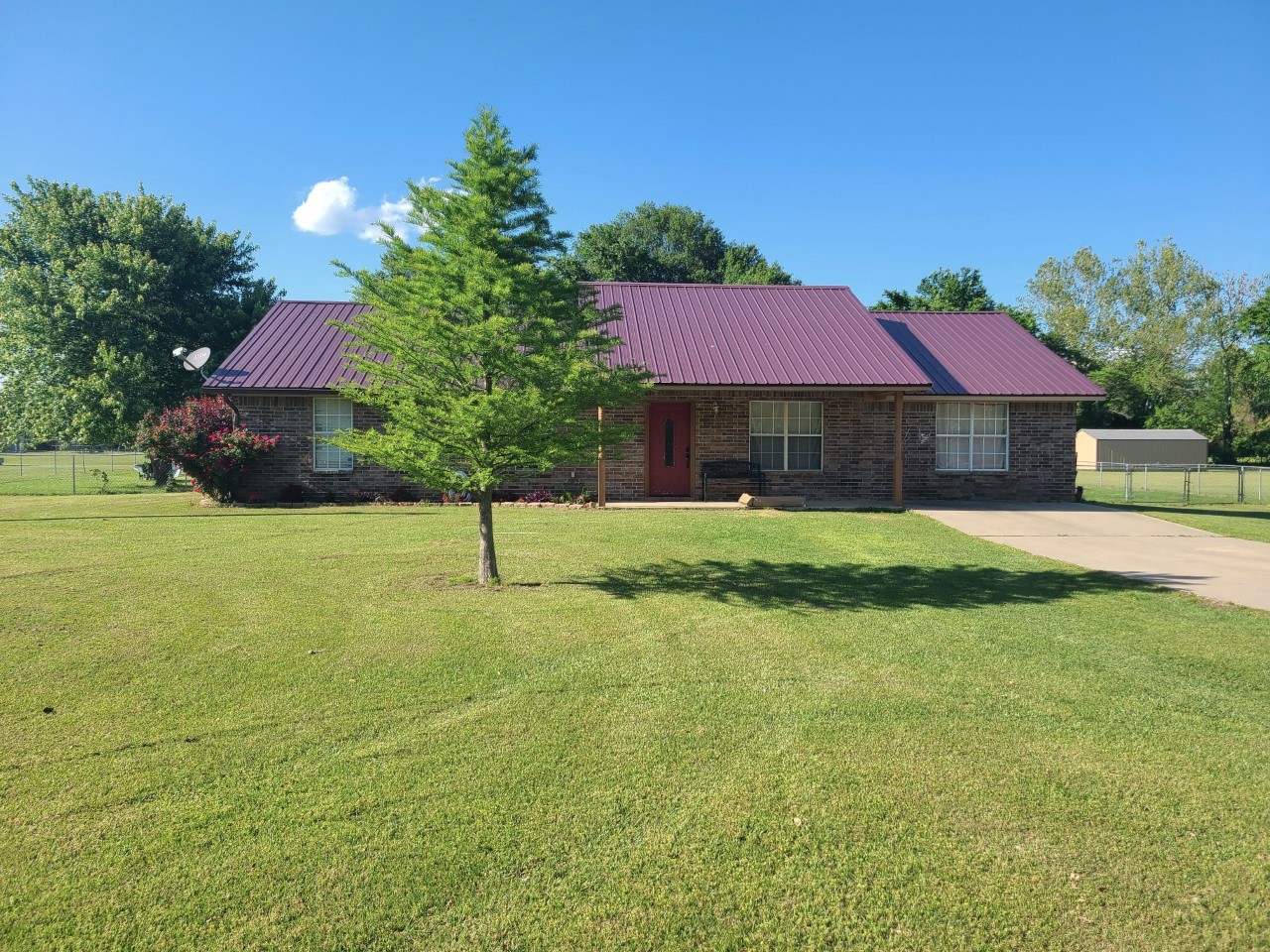 416181 E 1951 RD, ANTLERS - $165,000