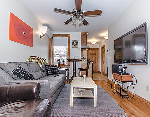 South Russell St. Three Bedroom! Beacon Hill!