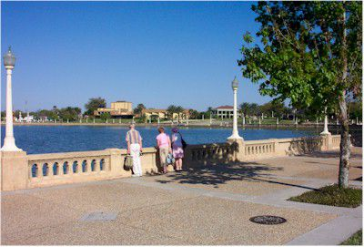 Lake Mirror Park