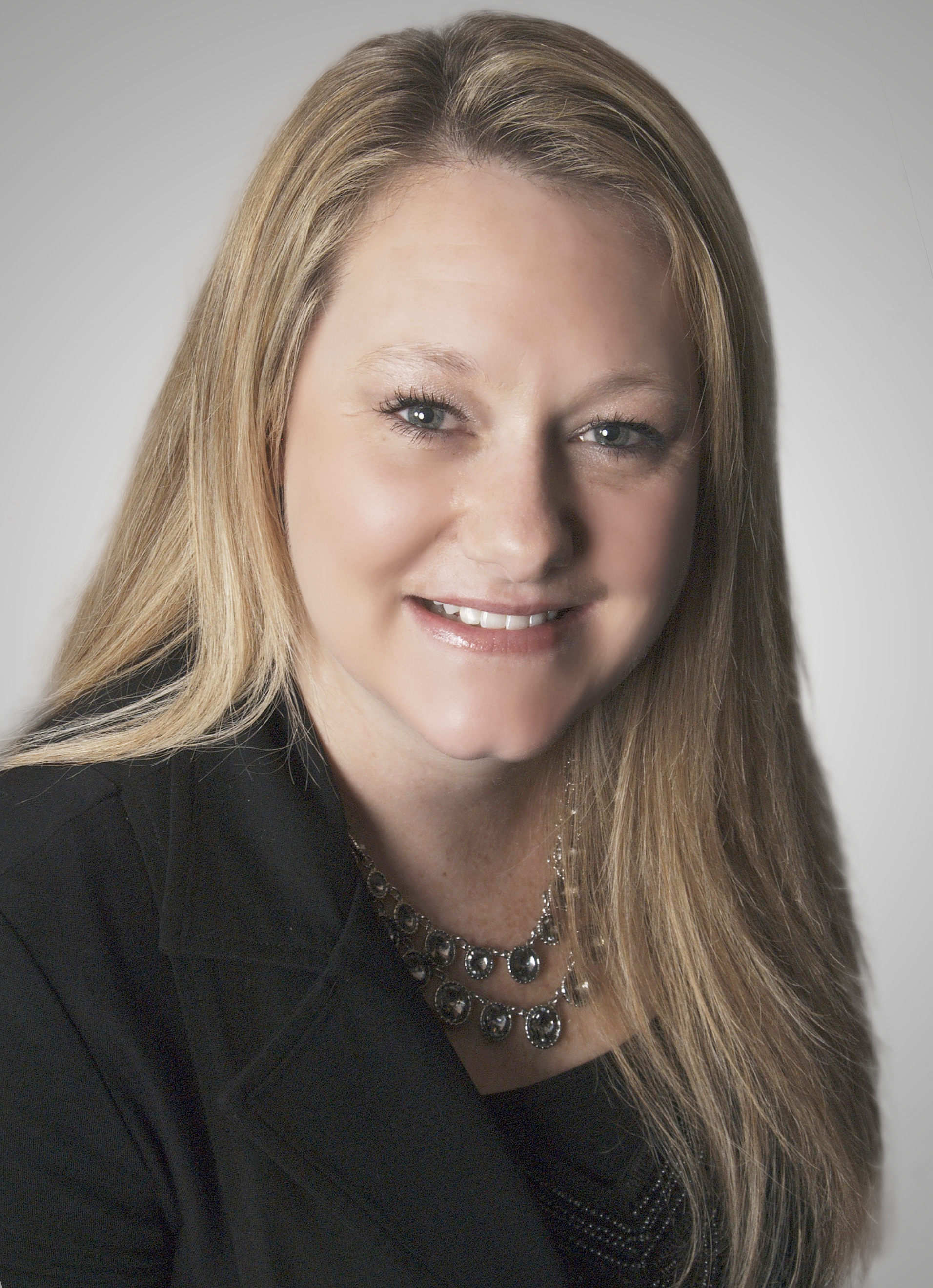 Sarah Colon, Associate Broker