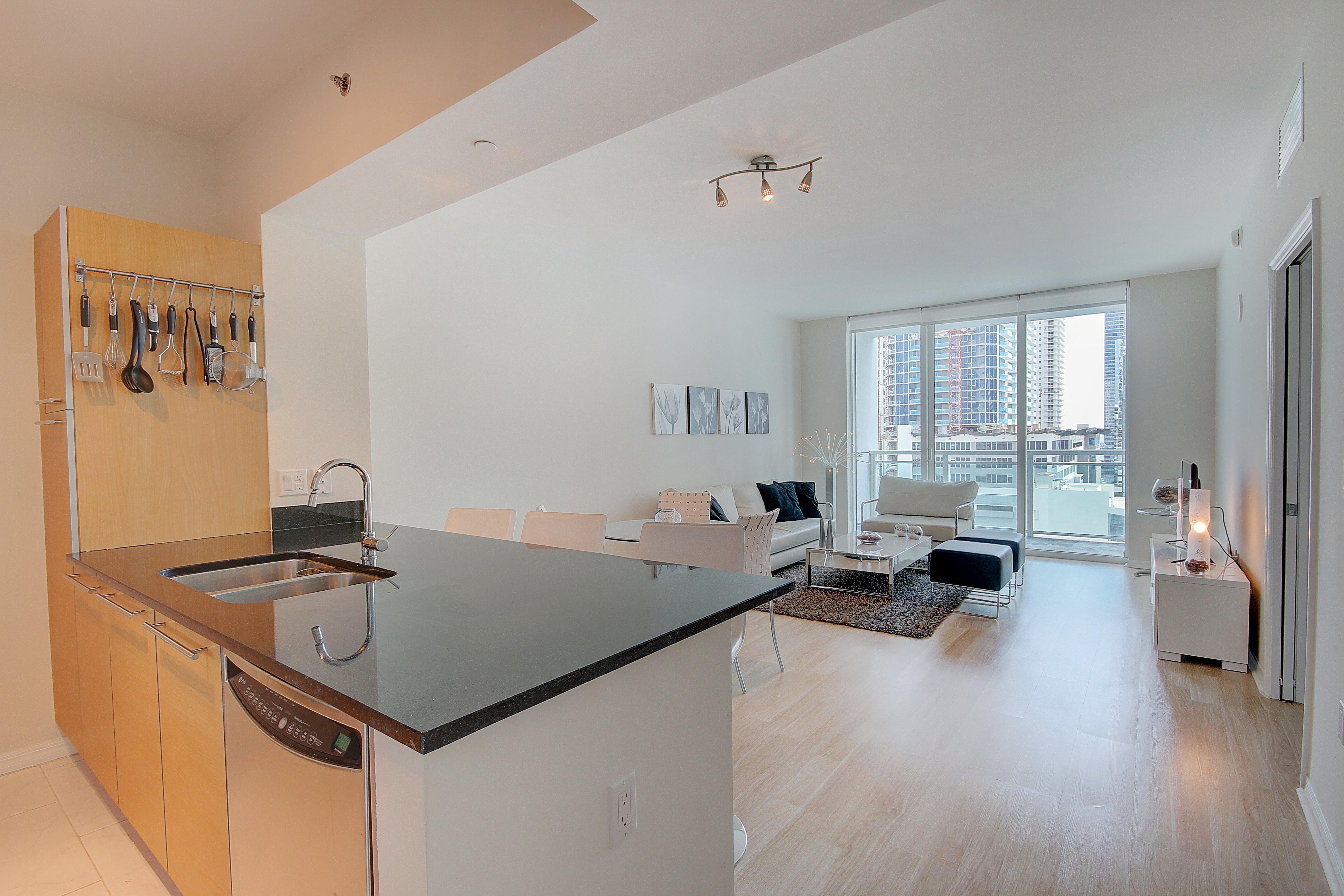 ... wine storage room and a party kitchen. This condo is perfect for Jackson Doctors or wall street executives. Donu0027t miss out on the opportunity to call ... & The Plaza Brickell #1903