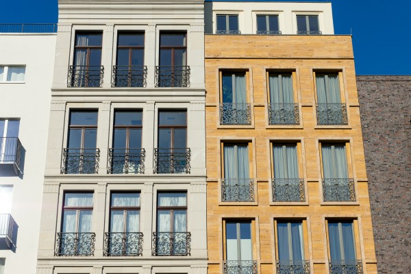 Townhouse vs. Condo: Which Should You Buy?