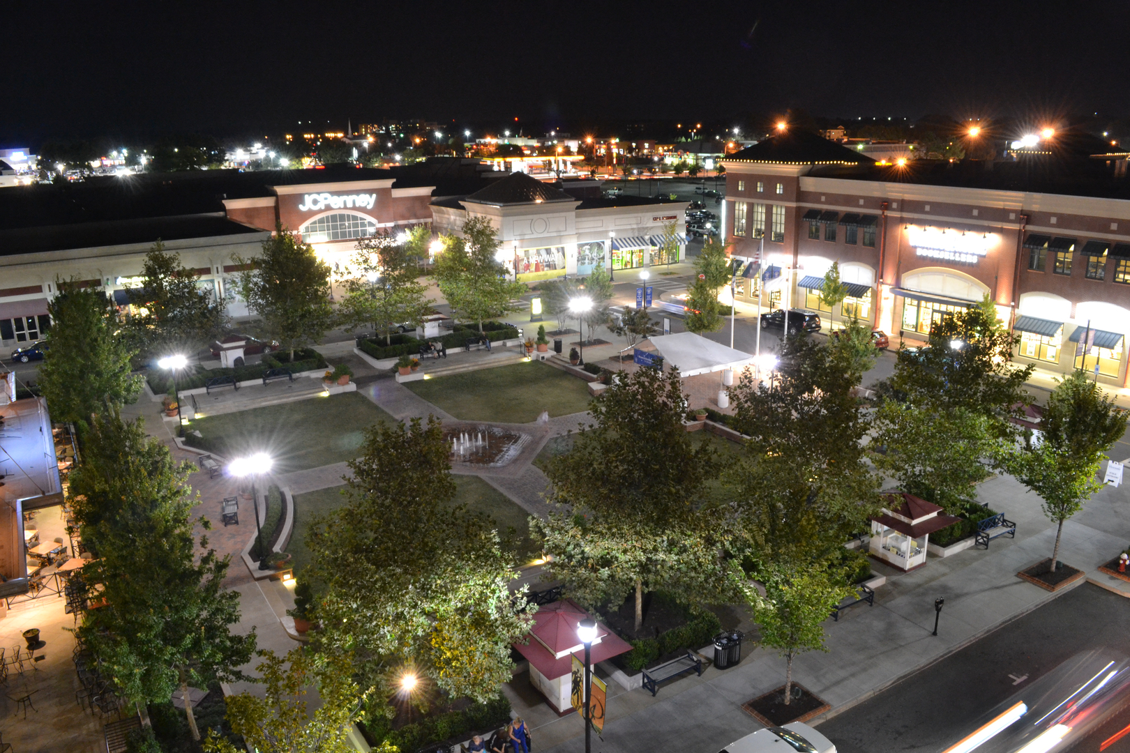 Peninsula Town Center, Hampton, Virginia
