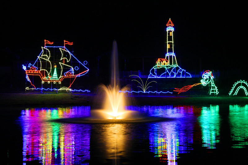 2015 christmas lights in the lake norman and charlotte for Charlotte motor speedway christmas lights nc