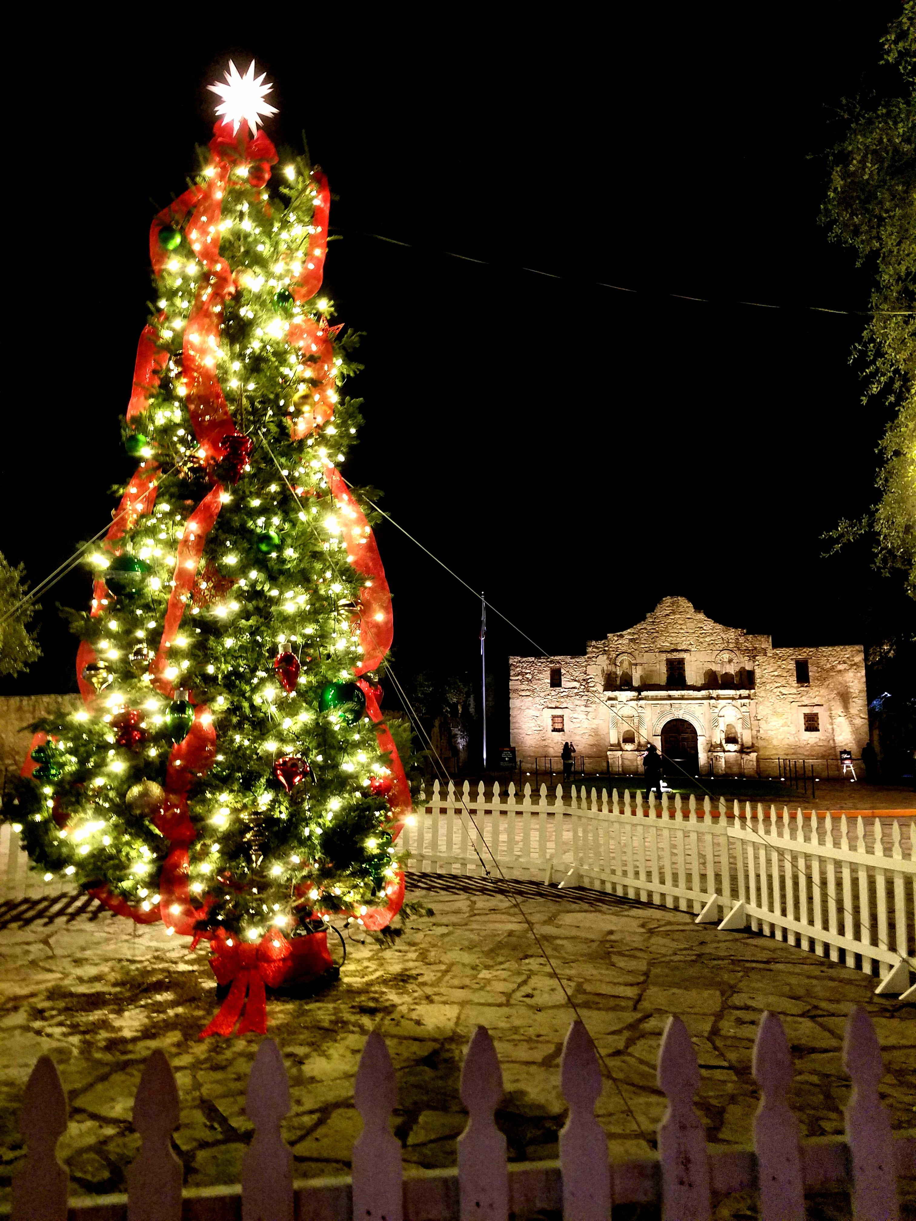 san antonio alamo christmas lights 2017