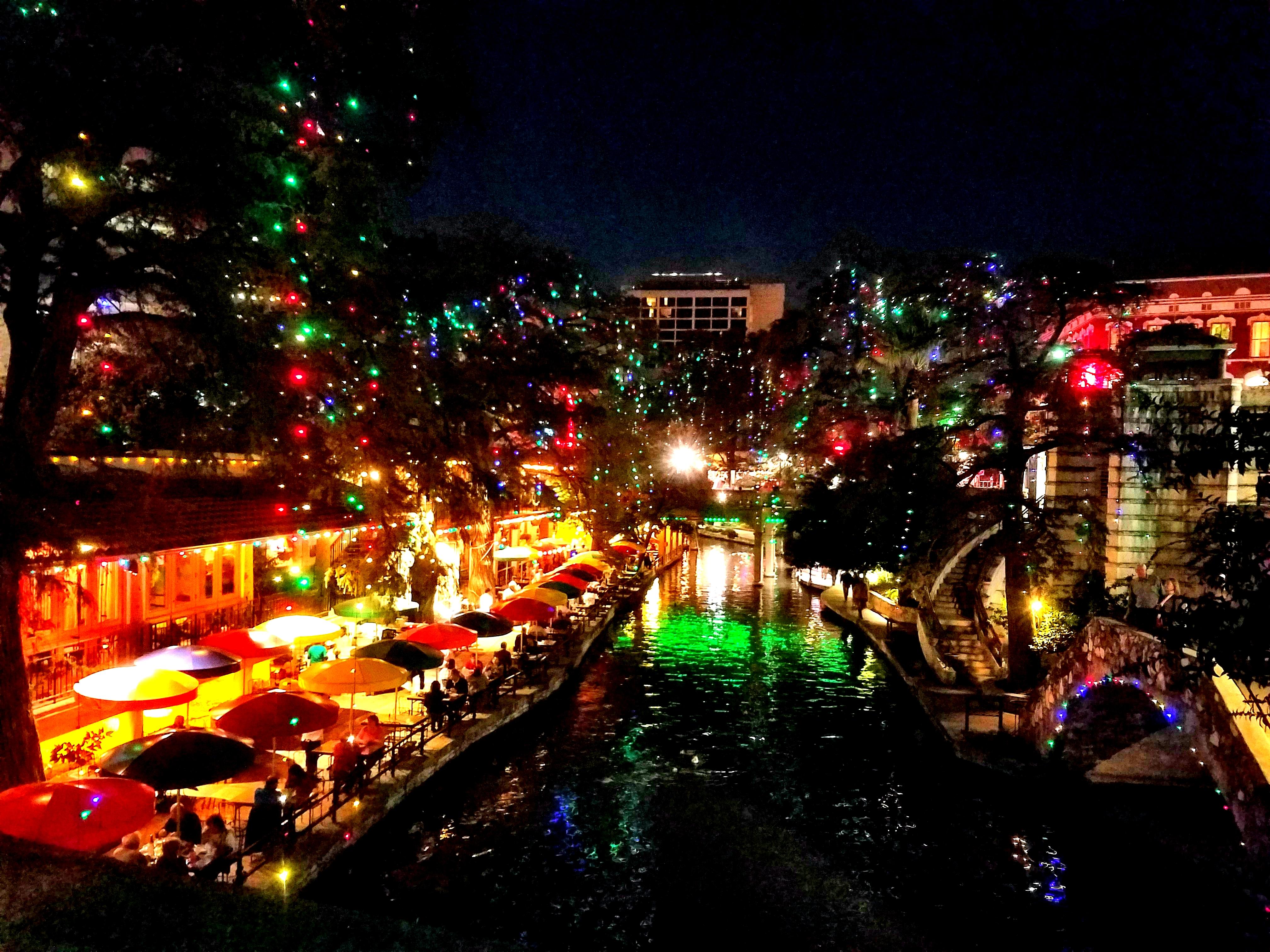 san antonio river walk christmas lights 2017