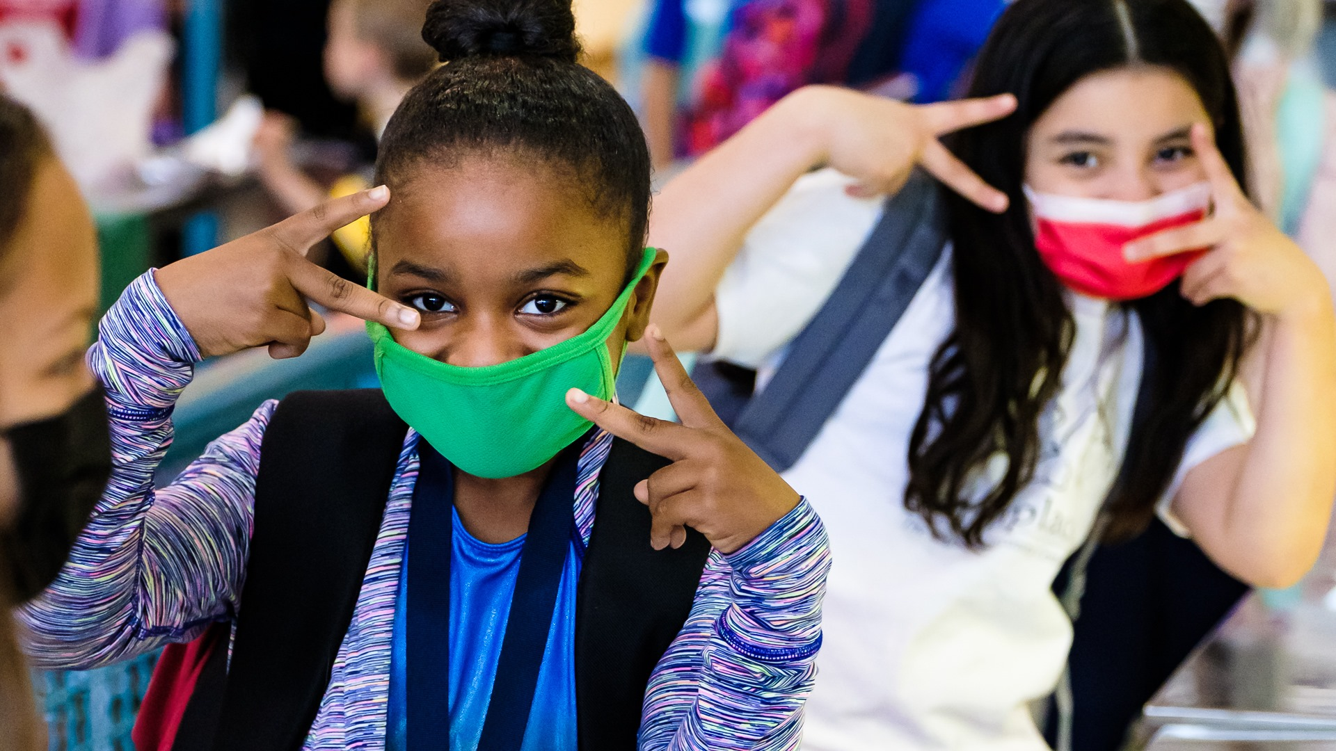 WCSS Holly Spring Elementary School kids peace signs and wearing masks